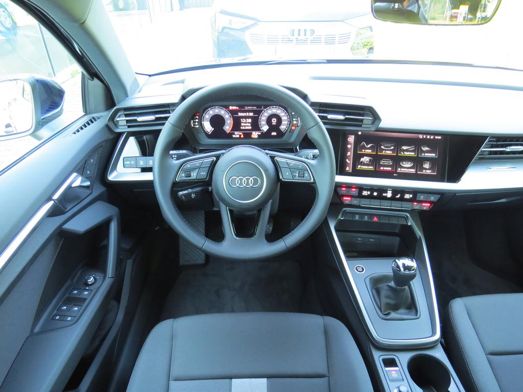 Audi A3 Sedan 35 TFSI Advanced