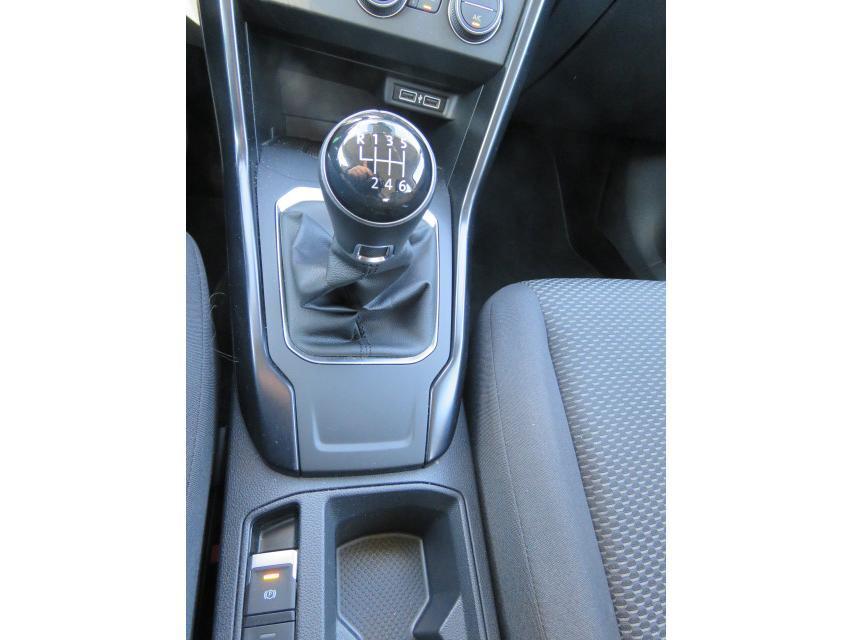 Volkswagen T-Roc Dsl 1.6 TDi SCR 15/15