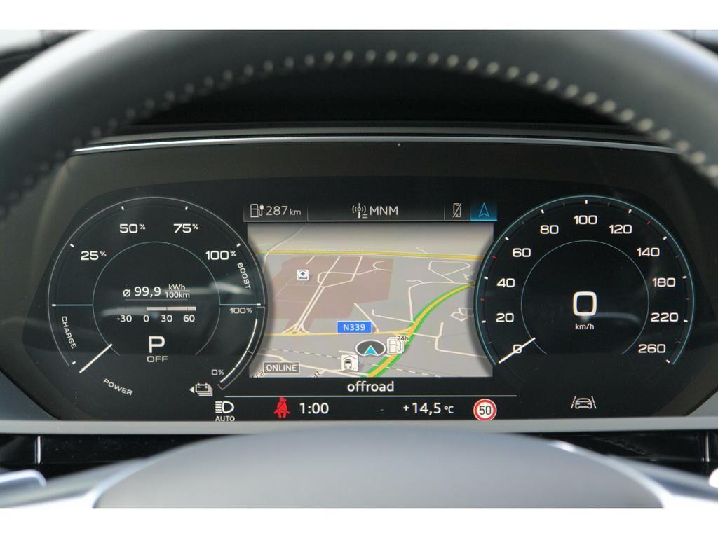 Audi E-Tron 55 Quattro Advanced (95 kWh) 10/17