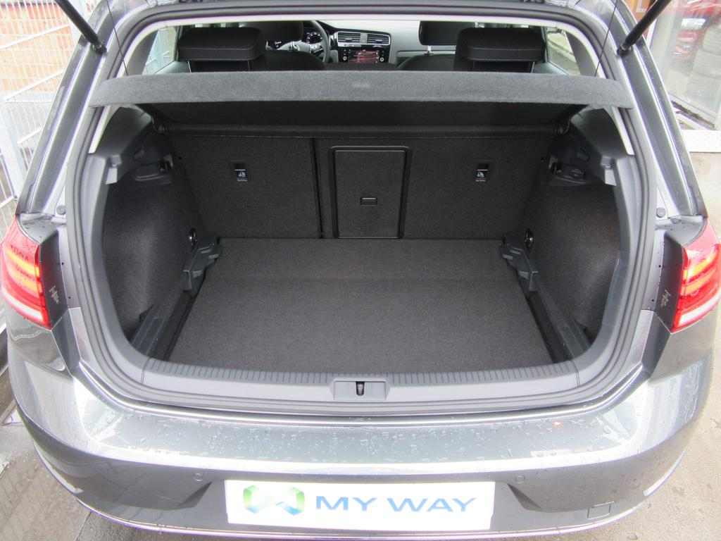 Volkswagen Golf VII 1.5 TSI EVO Comfortline DSG 20/22