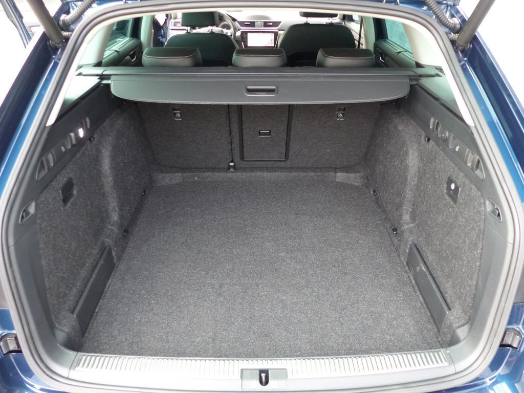 "Skoda Superb SW Style 1,5 TSI 110 kW *AUTOMAAT *LEDER *LED *19""ALU *FULL *KORTRIJK"