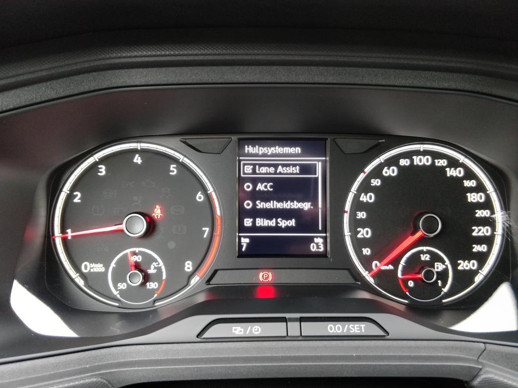 Volkswagen T-Cross 1.0 TSI OPF 6/6