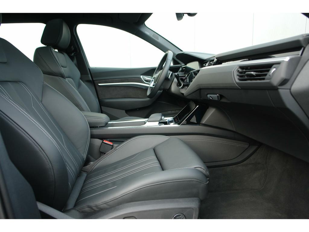 Audi E-Tron 55 Quattro Advanced (95 kWh) 16/17