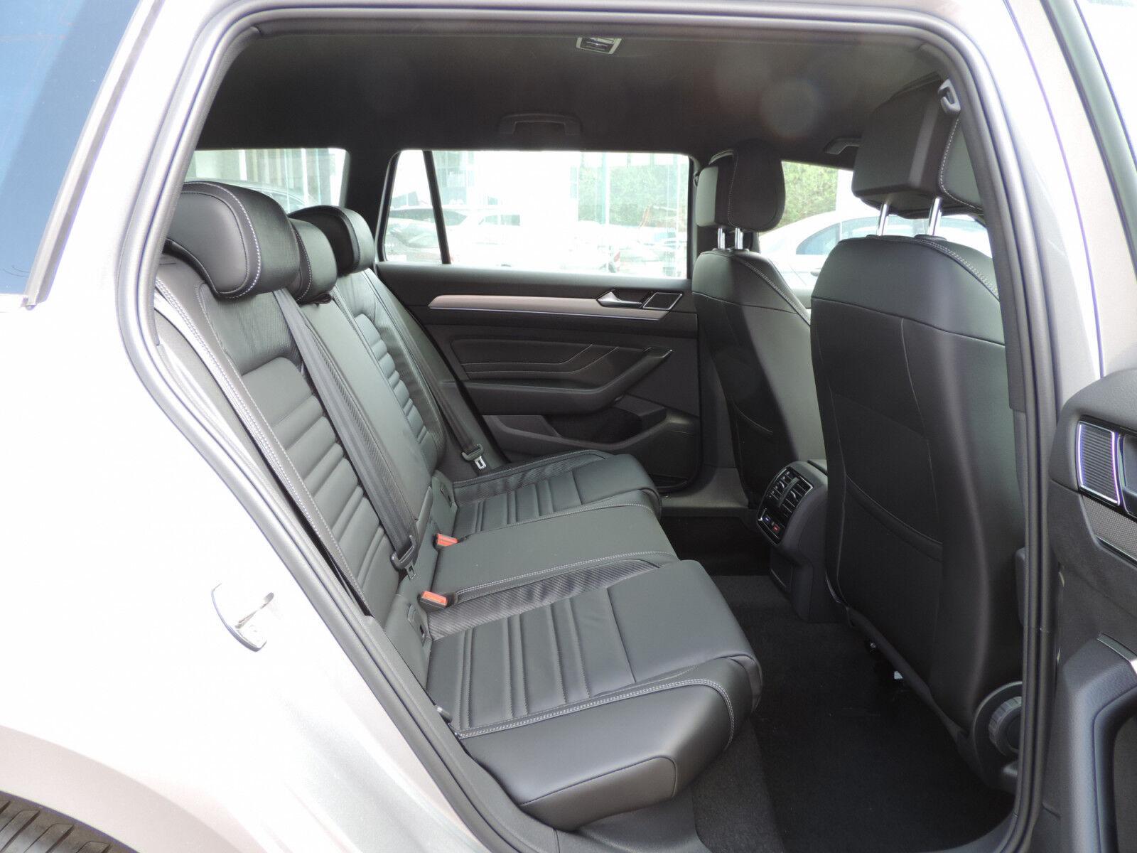 Volkswagen Passat Variant 2.0 TSI R-Line DSG CUIR GPS ACC LANE NEUVE 7/15