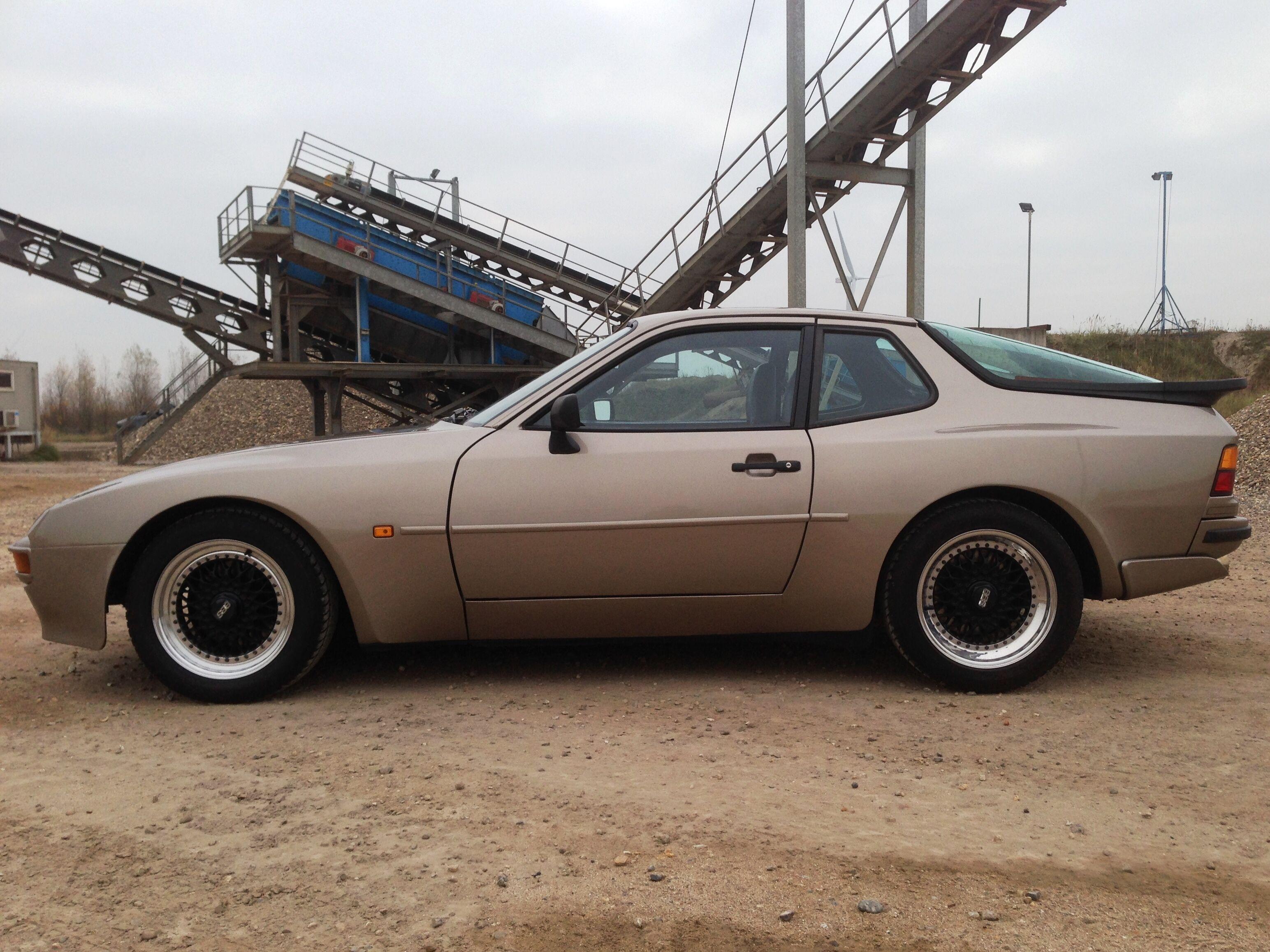 Porsche 944 (concoursstaat) 2/18