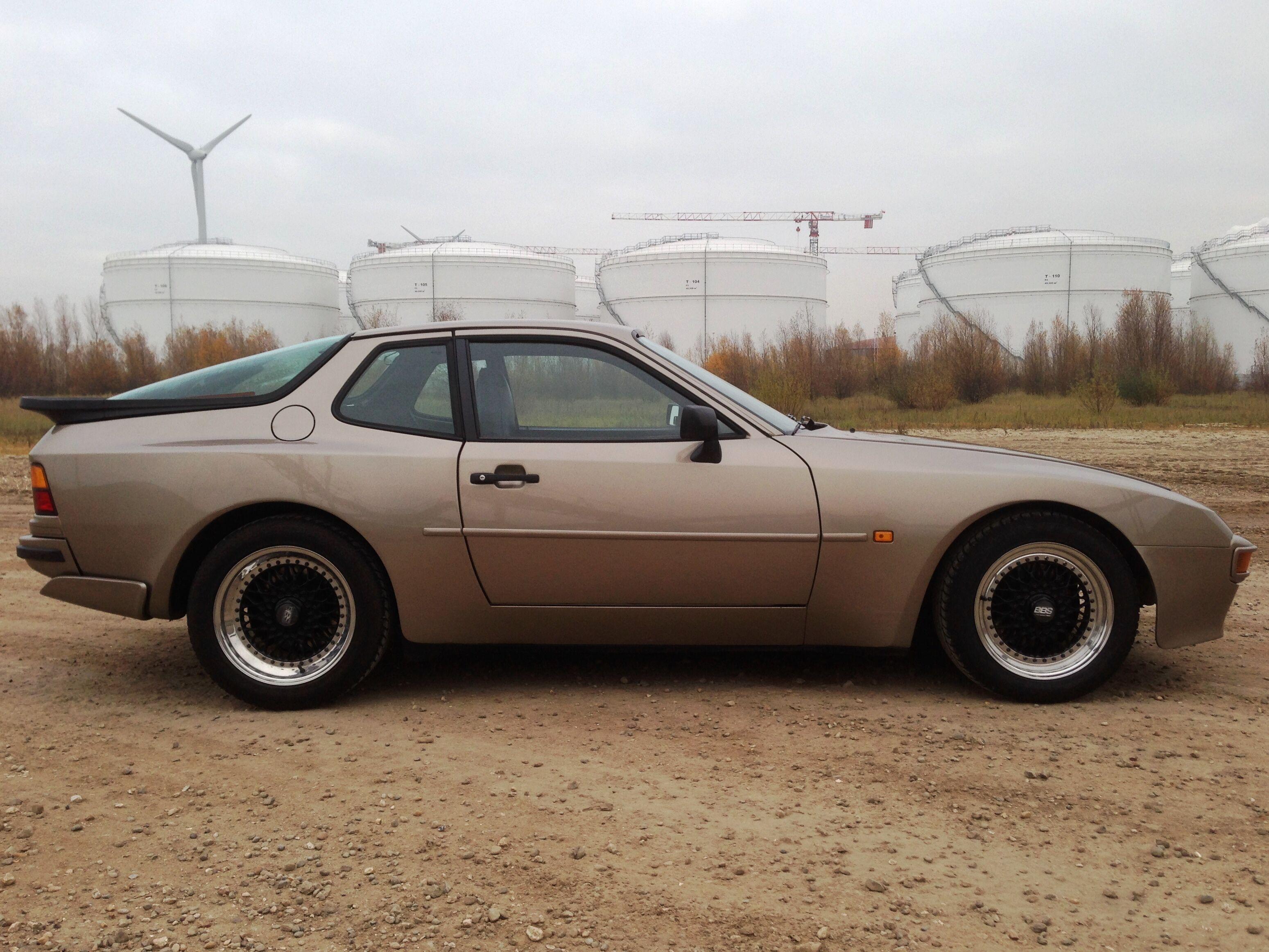 Porsche 944 (concoursstaat) 6/18
