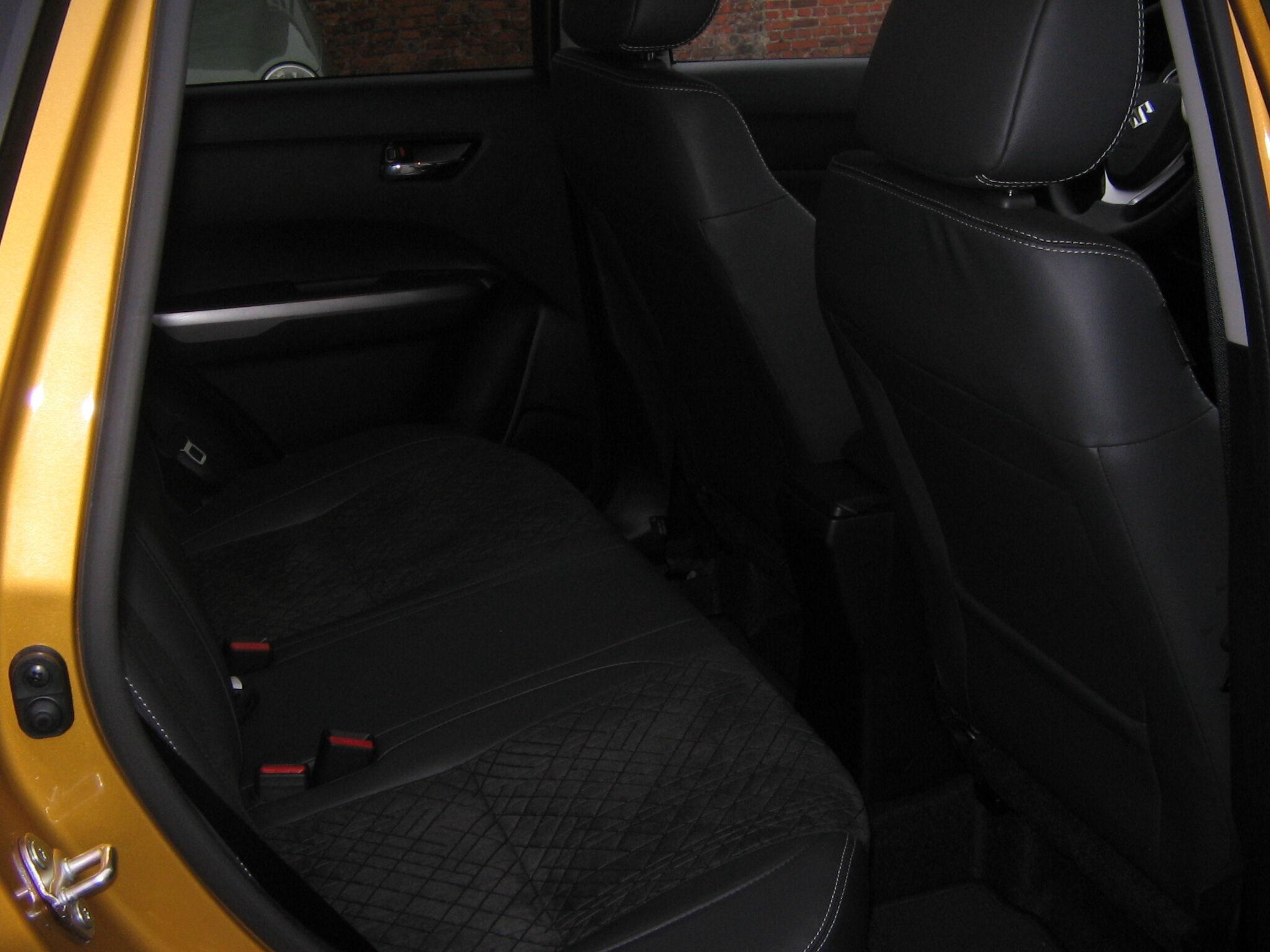 Suzuki Vitara GLX 6/8
