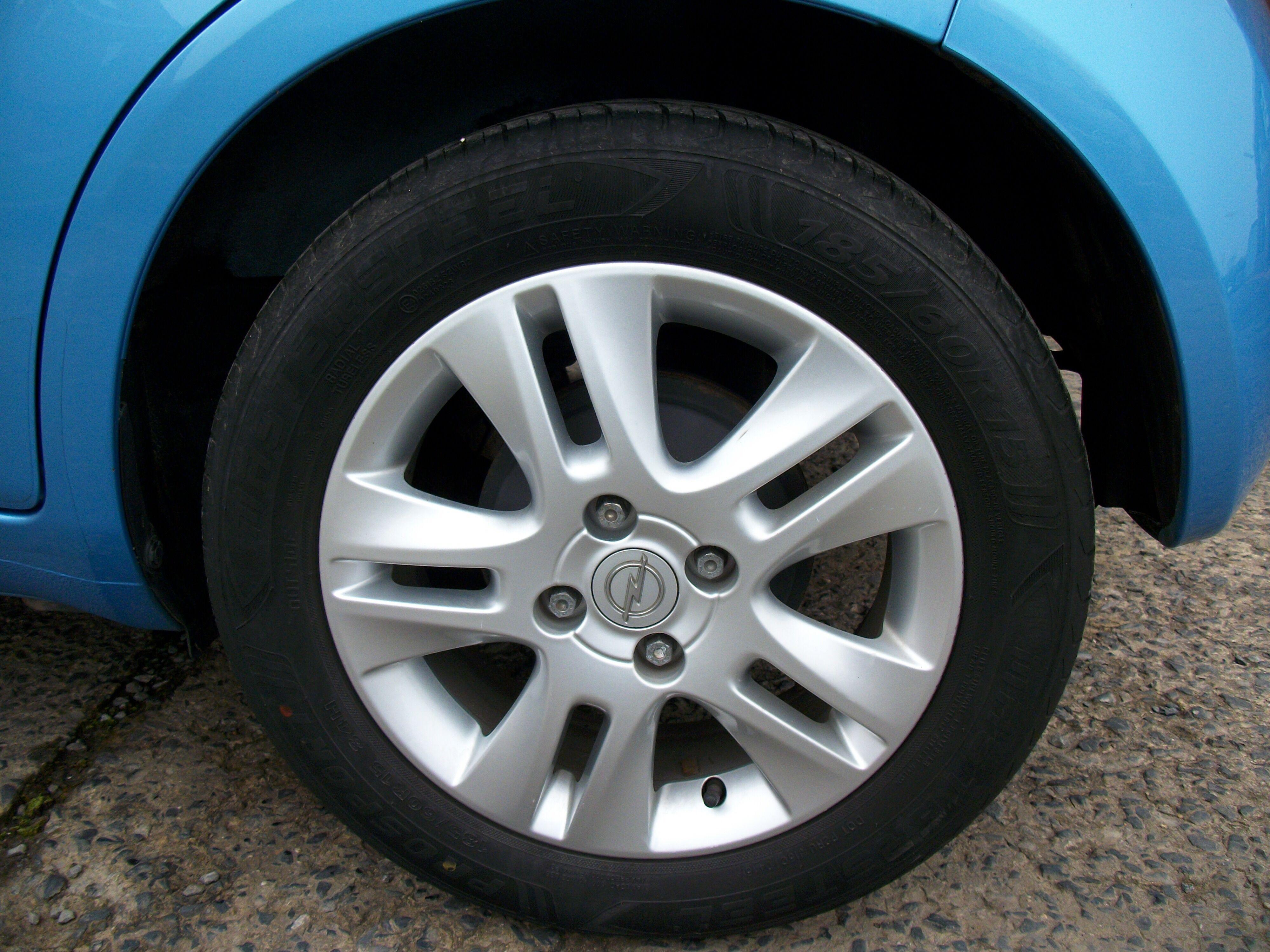Opel Agila 1.2 Benz 2/9