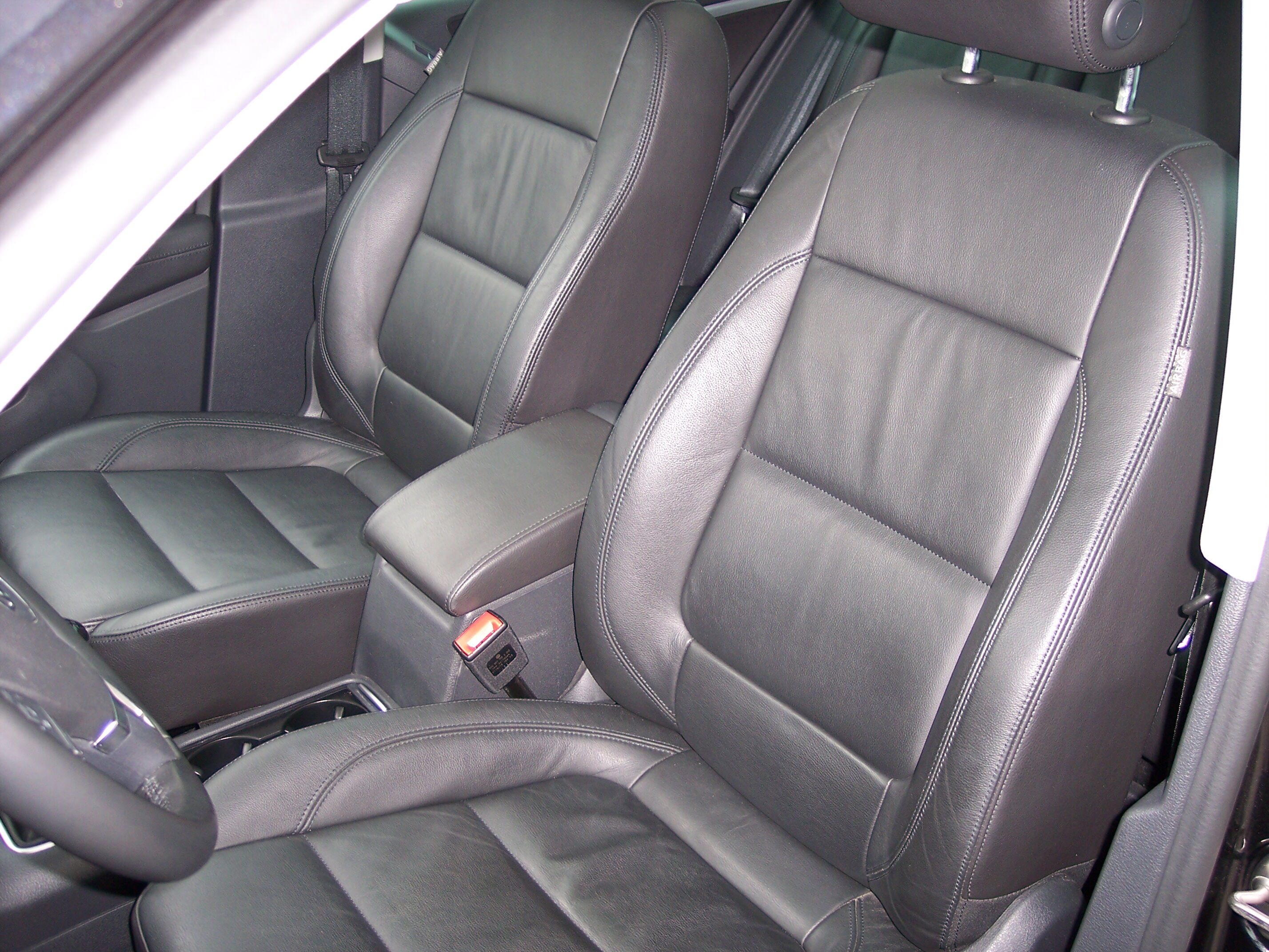 Volkswagen TIGUAN SUV BENZINE 13/15