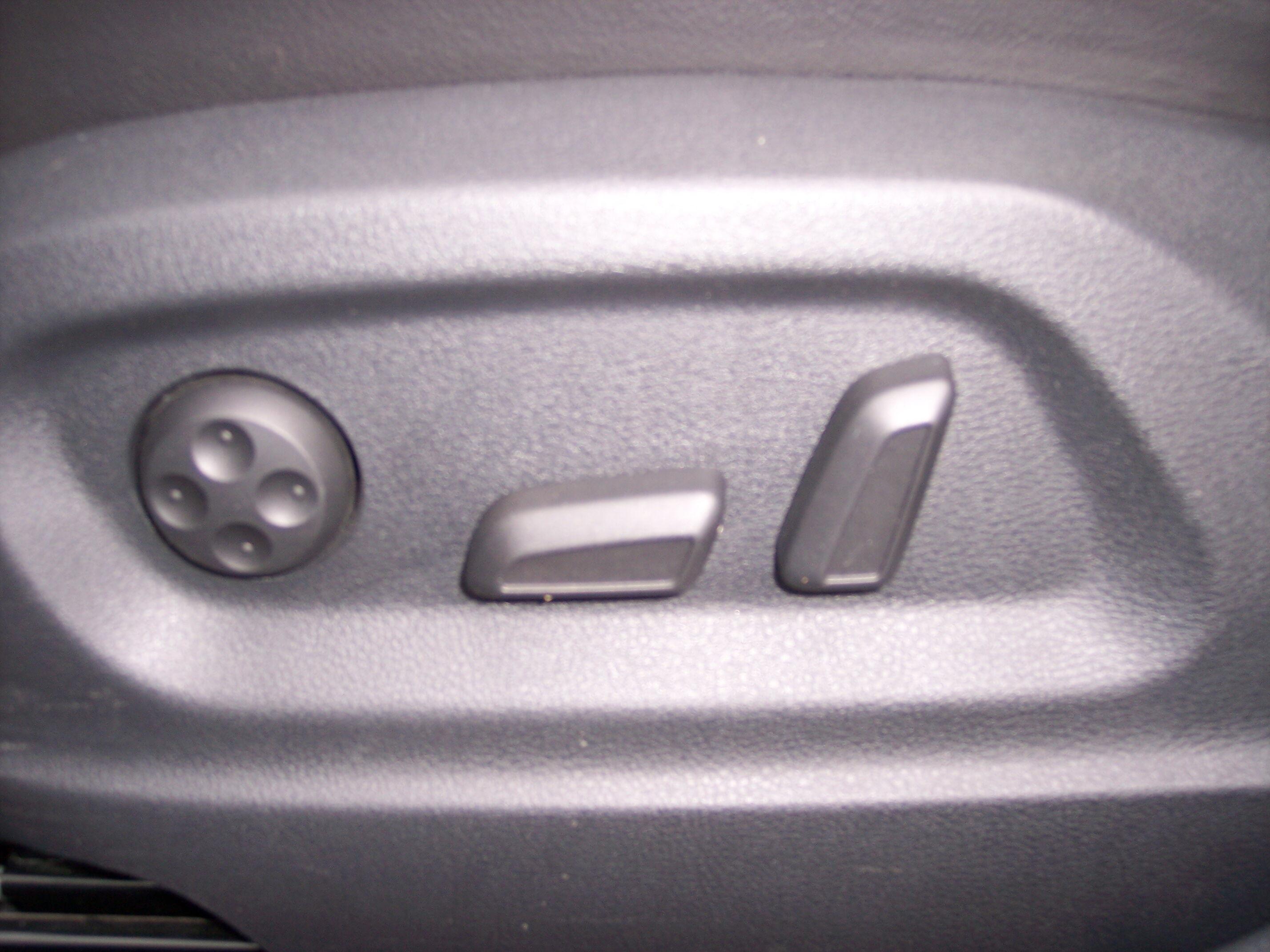 Volkswagen TIGUAN SUV BENZINE 14/15