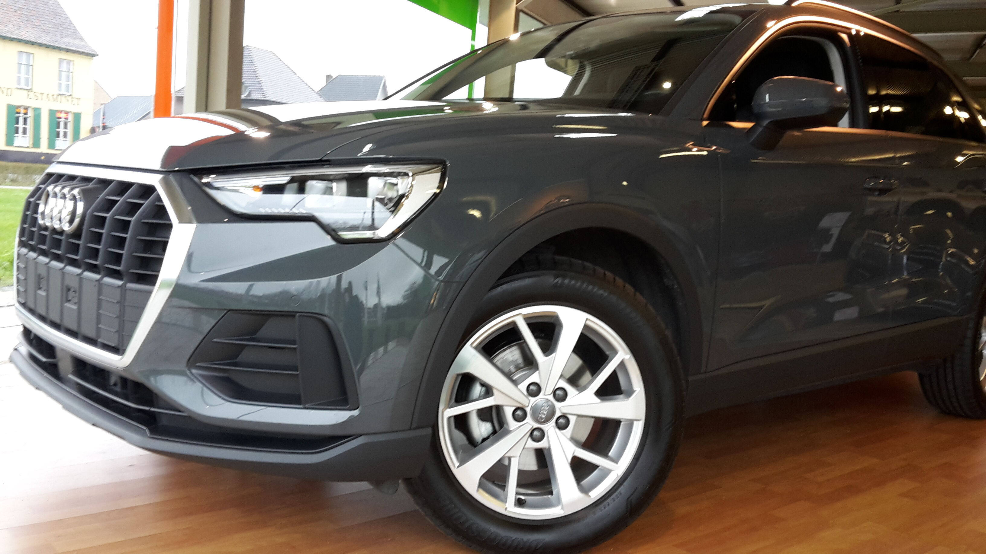 Audi Q3 150TFSI -GPS -Leder -LED -Airco -18' alu -Camera 1/1