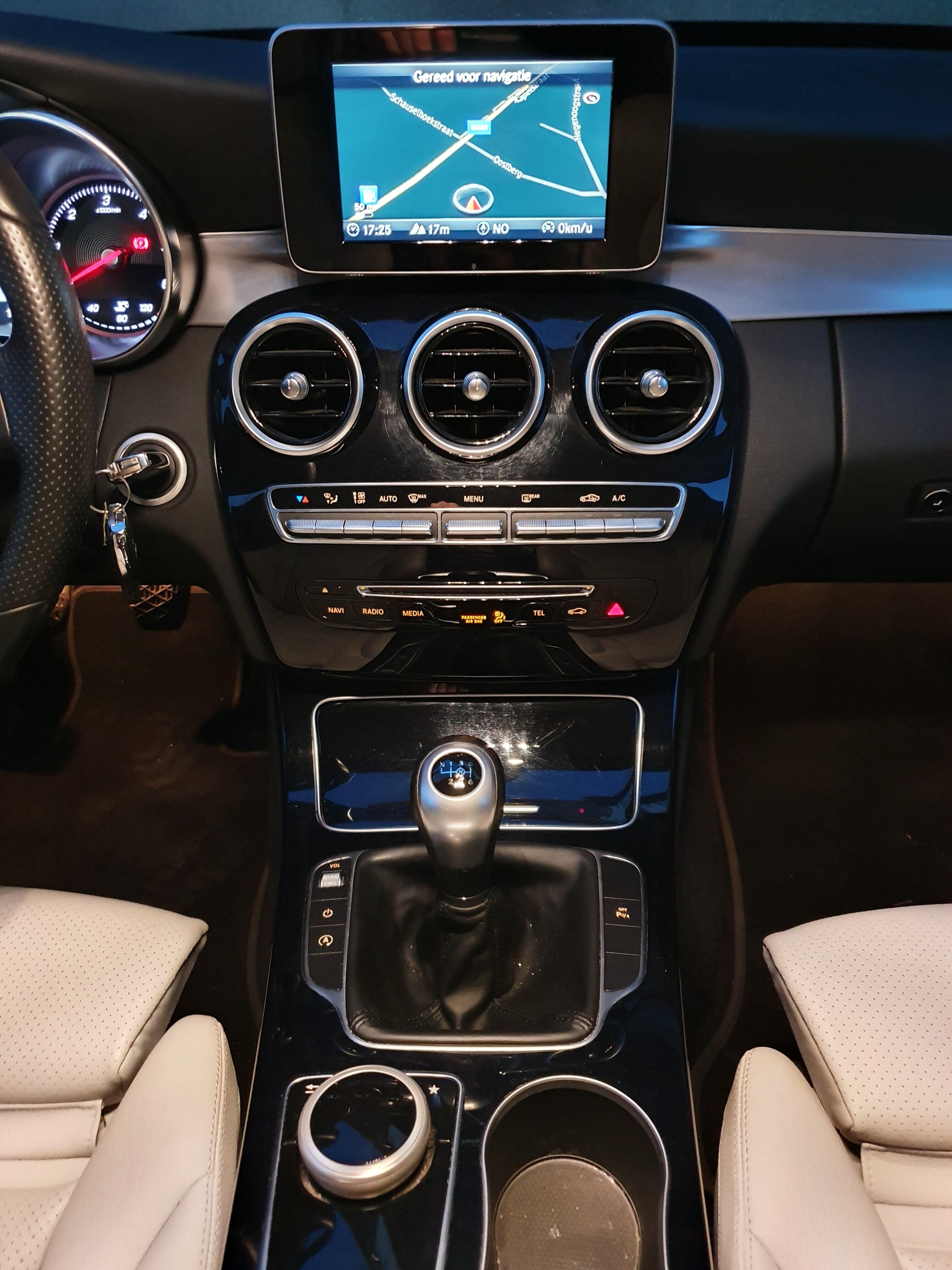 Mercedes CLASSE C BREAK DIESEL W205 6/9