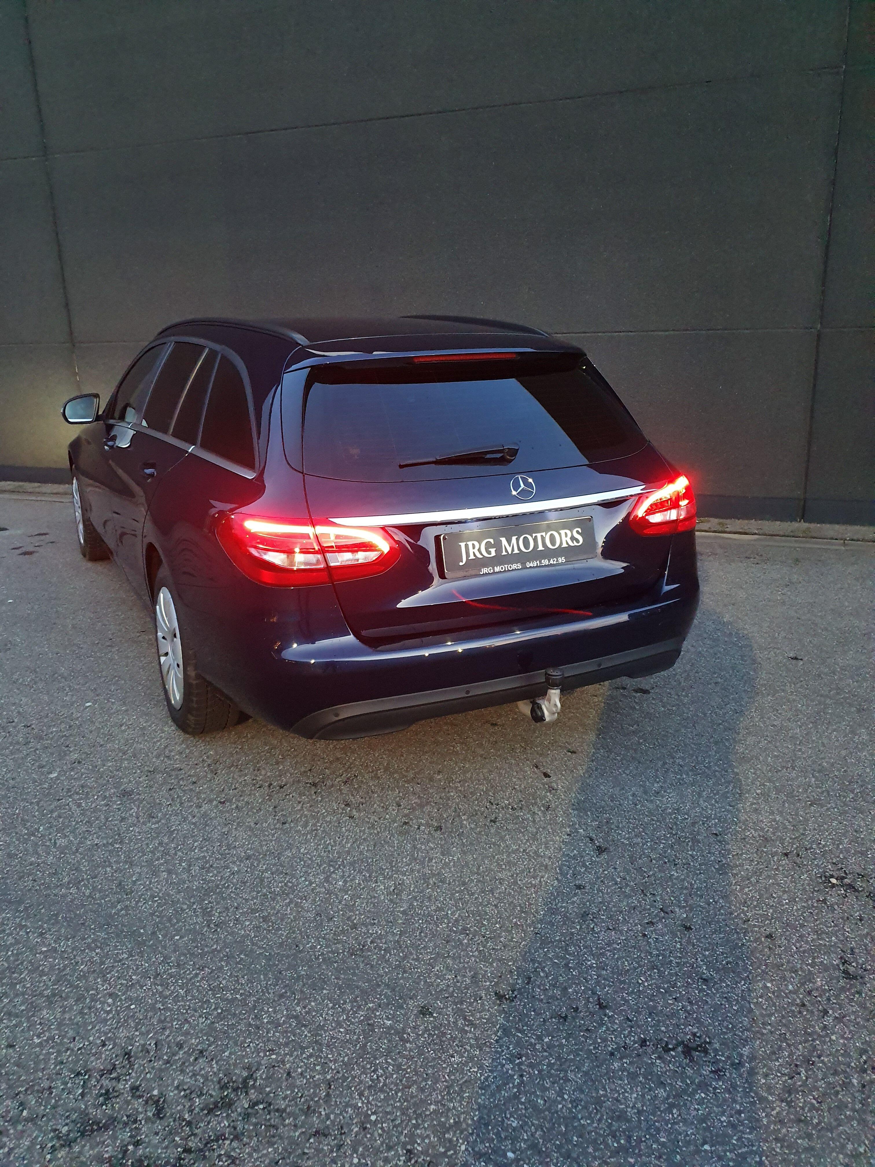 Mercedes CLASSE C BREAK DIESEL W205 9/9
