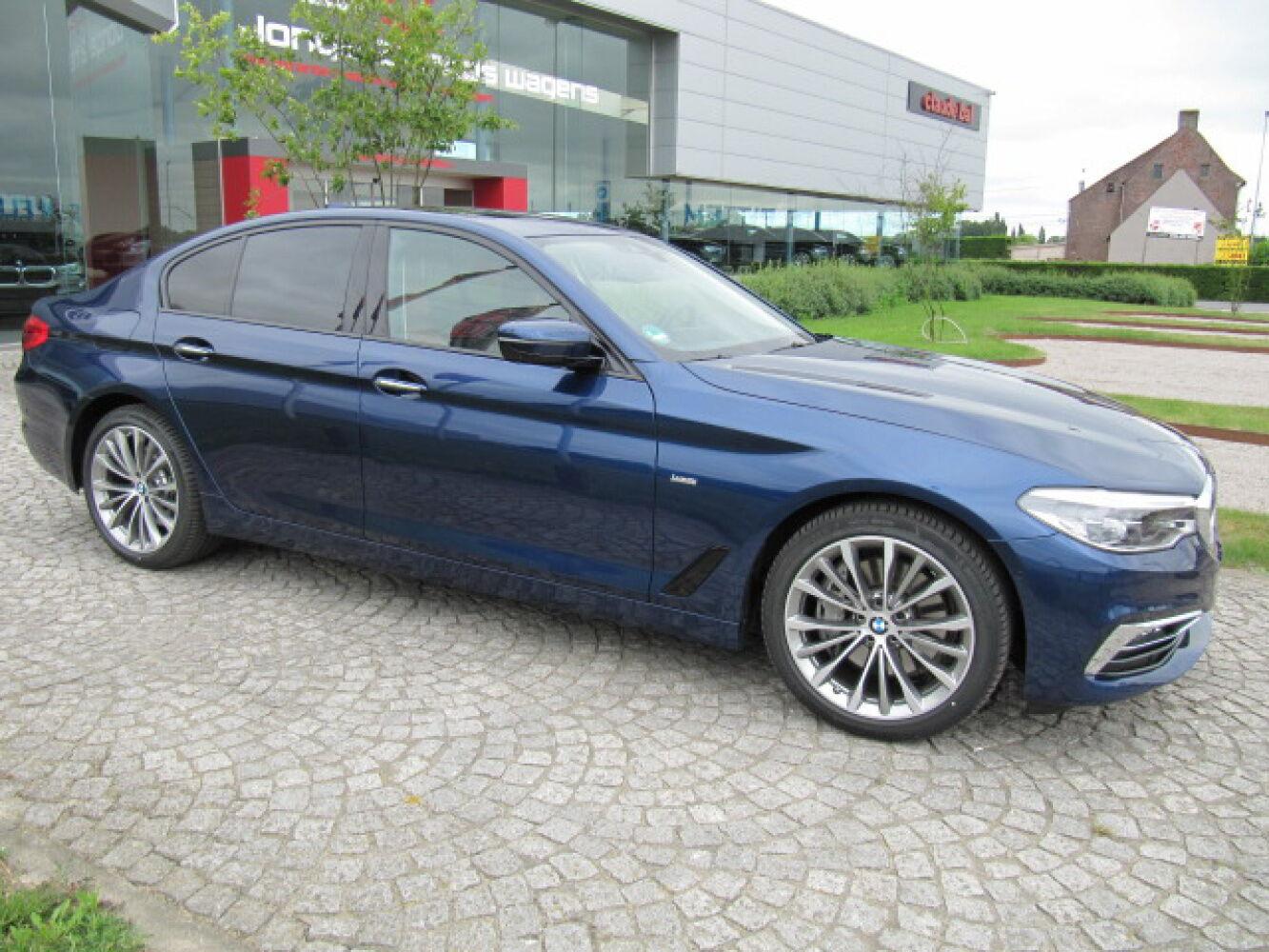 BMW 5 Reeks 540iA G30 Berline Luxury Line Full Option 2/27
