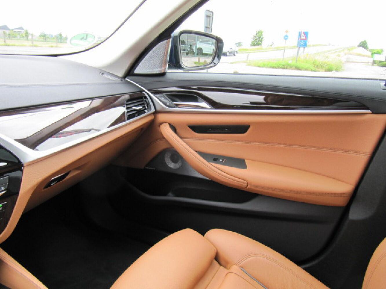 BMW 5 Reeks 540iA G30 Berline Luxury Line Full Option 19/27