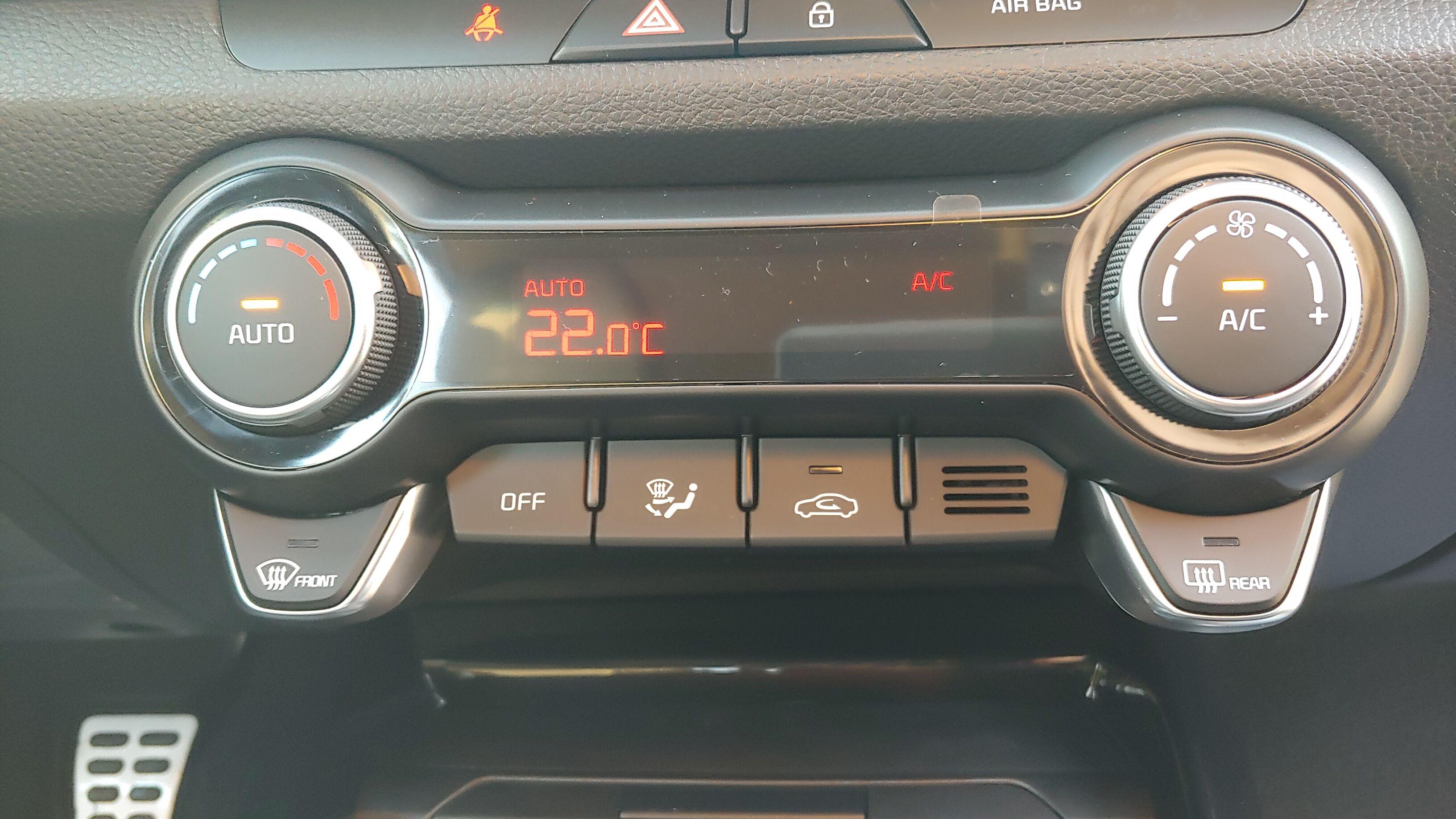 Kia Stonic 1.0 T Sense ISG / Leder /GPS / Camera | 7 jaar garantie 8/13