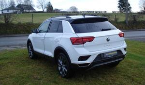 """Volkswagen T-Roc Style 1.0 TSI 85 kw avec toit noir, jantes 17"""",caméra de recul, hayon éléctrique, ..."""