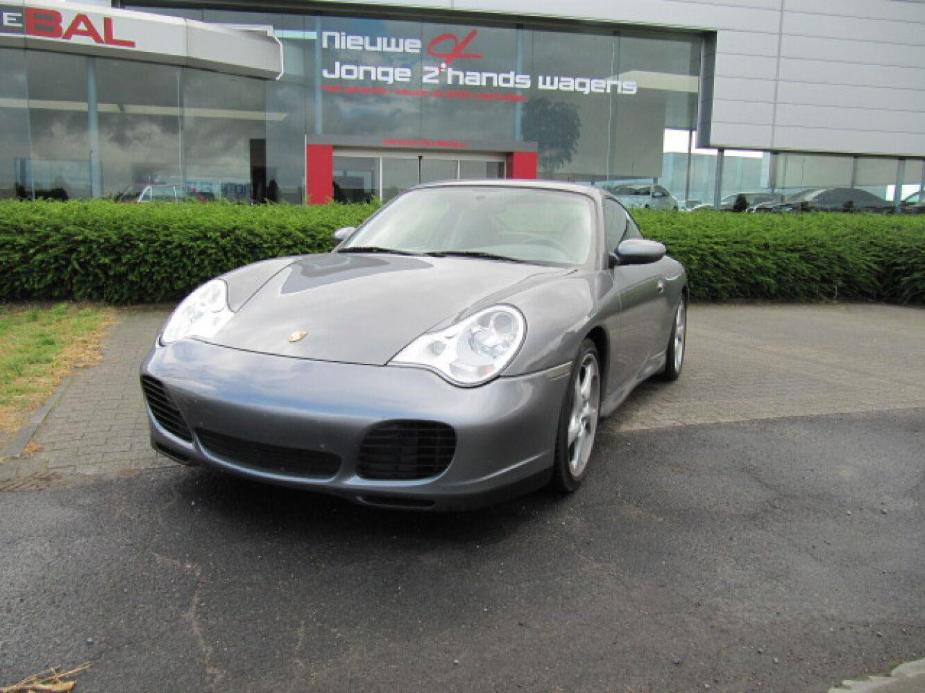 Porsche 911 CARRERA 3.6i 1/4