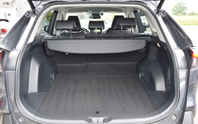 Toyota RAV4 - 2019 club+technic pack+cuir+attache rem.