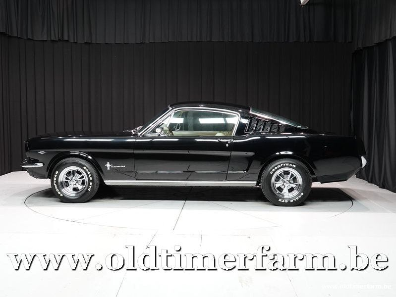 Ford Mustang Fastback '65 6/30