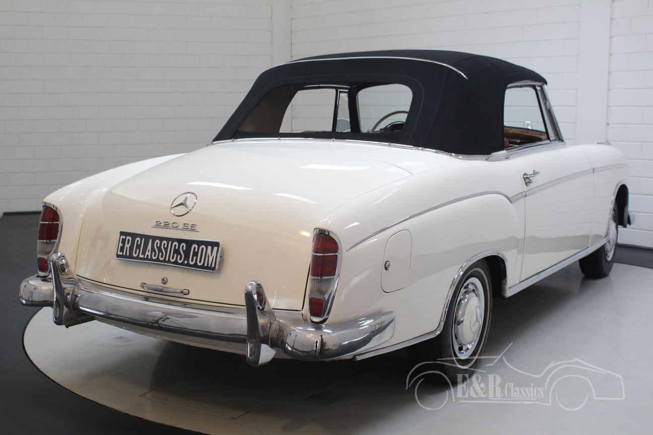 Mercedes 220 SE Ponton Cabriolet 1960 26/30