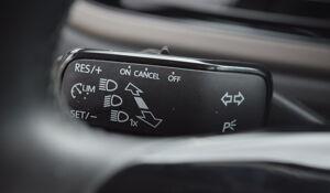 Volkswagen POLO - 2018 R-LINE