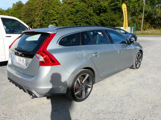 Volvo V60 DIESEL 2.0D3 R-DESIGN GEARTRONIC - 99420 KMS 4/8
