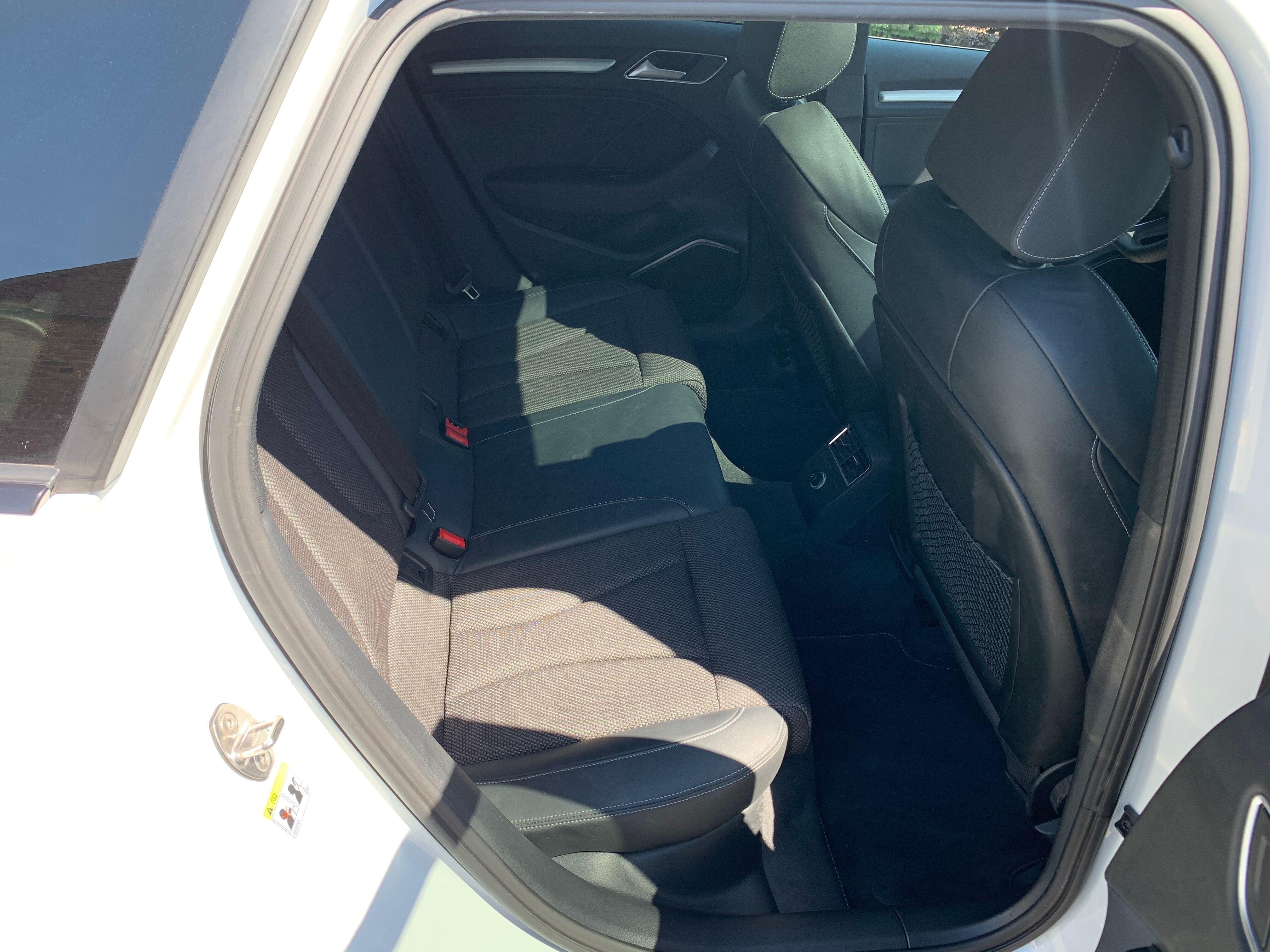 Audi A3 Sportback 1.0 TSI Sline 9/13