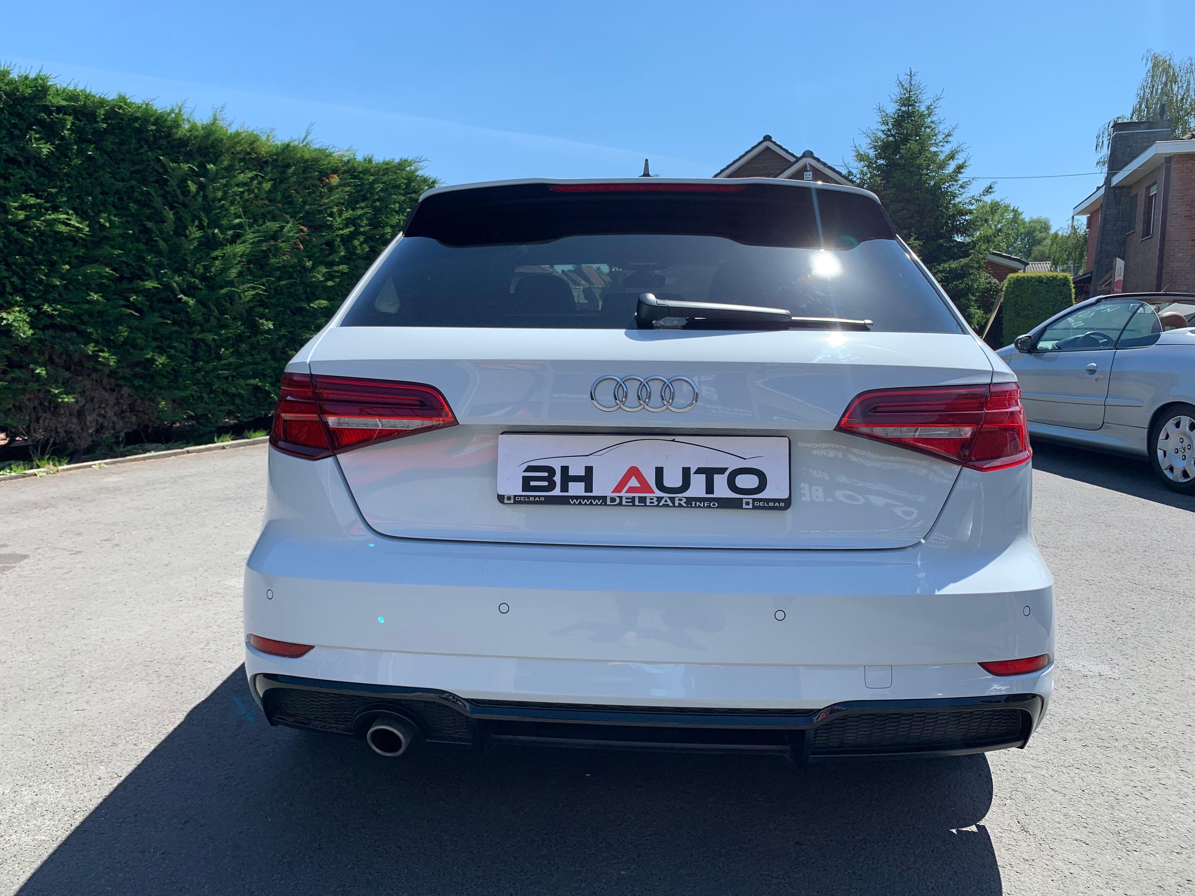 Audi A3 Sportback 1.0 TSI Sline 5/13