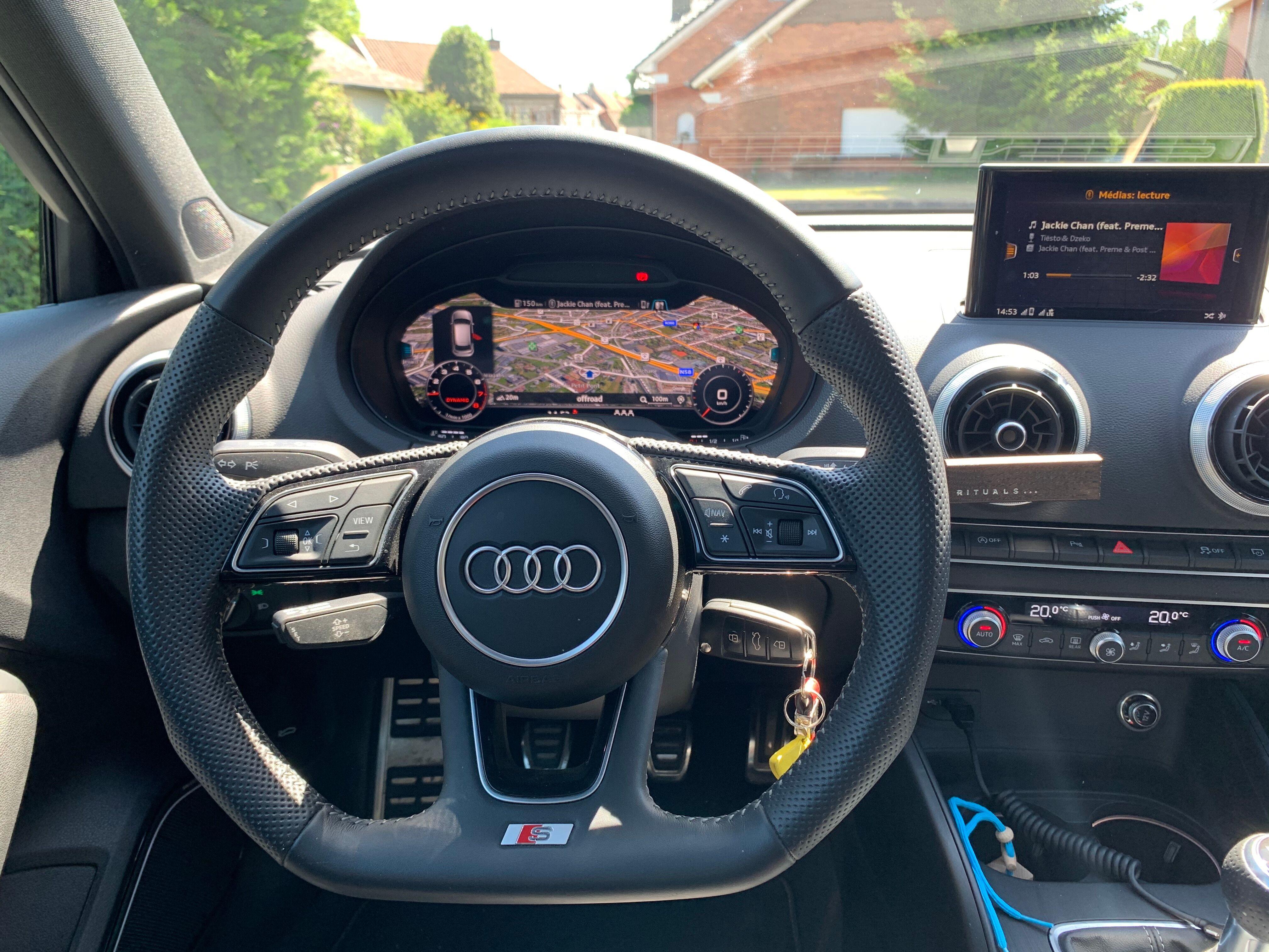 Audi A3 Sportback 1.0 TSI Sline 11/13