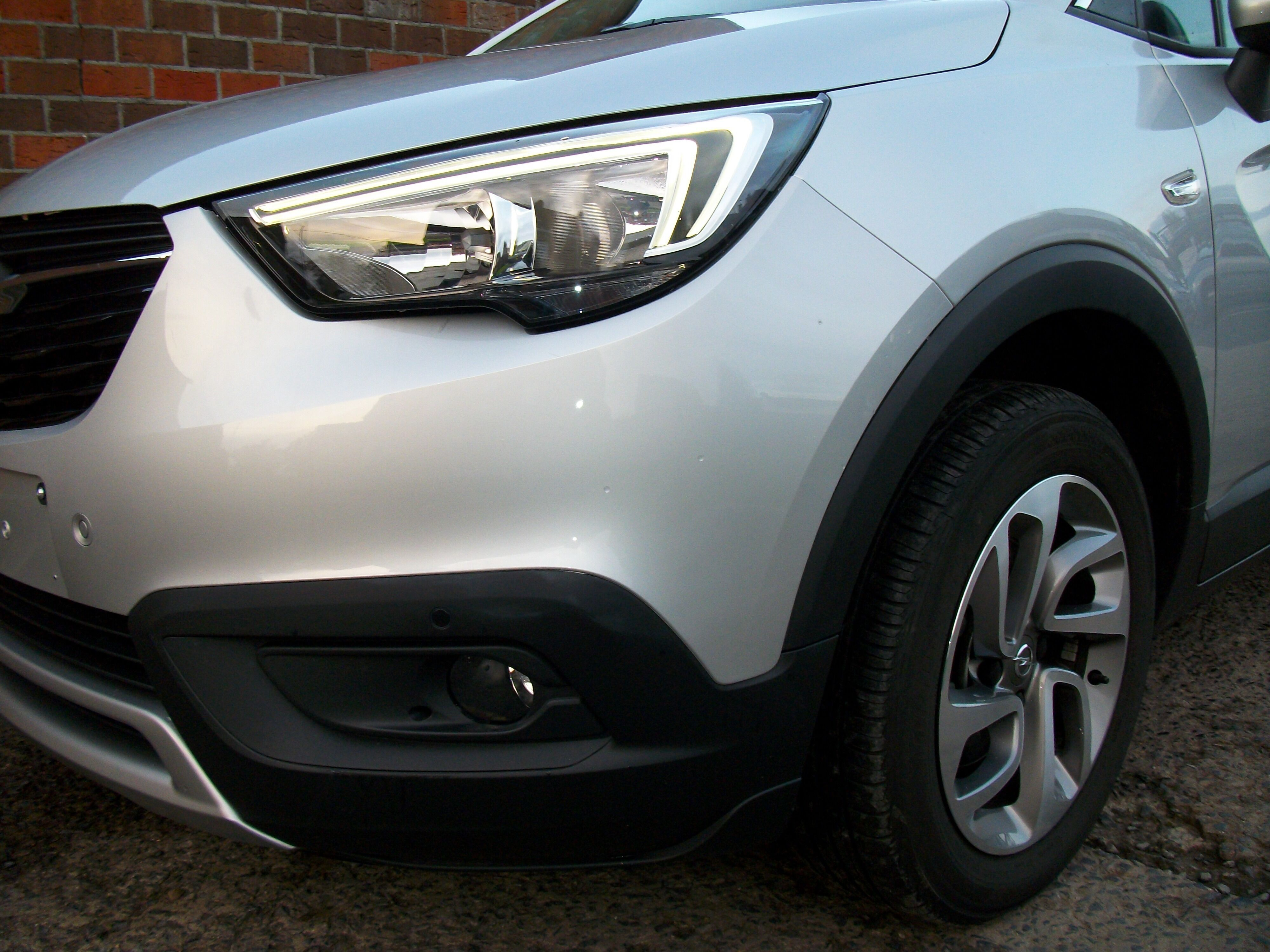 Opel Crossland X 1.2 benz / Innovation 4/15