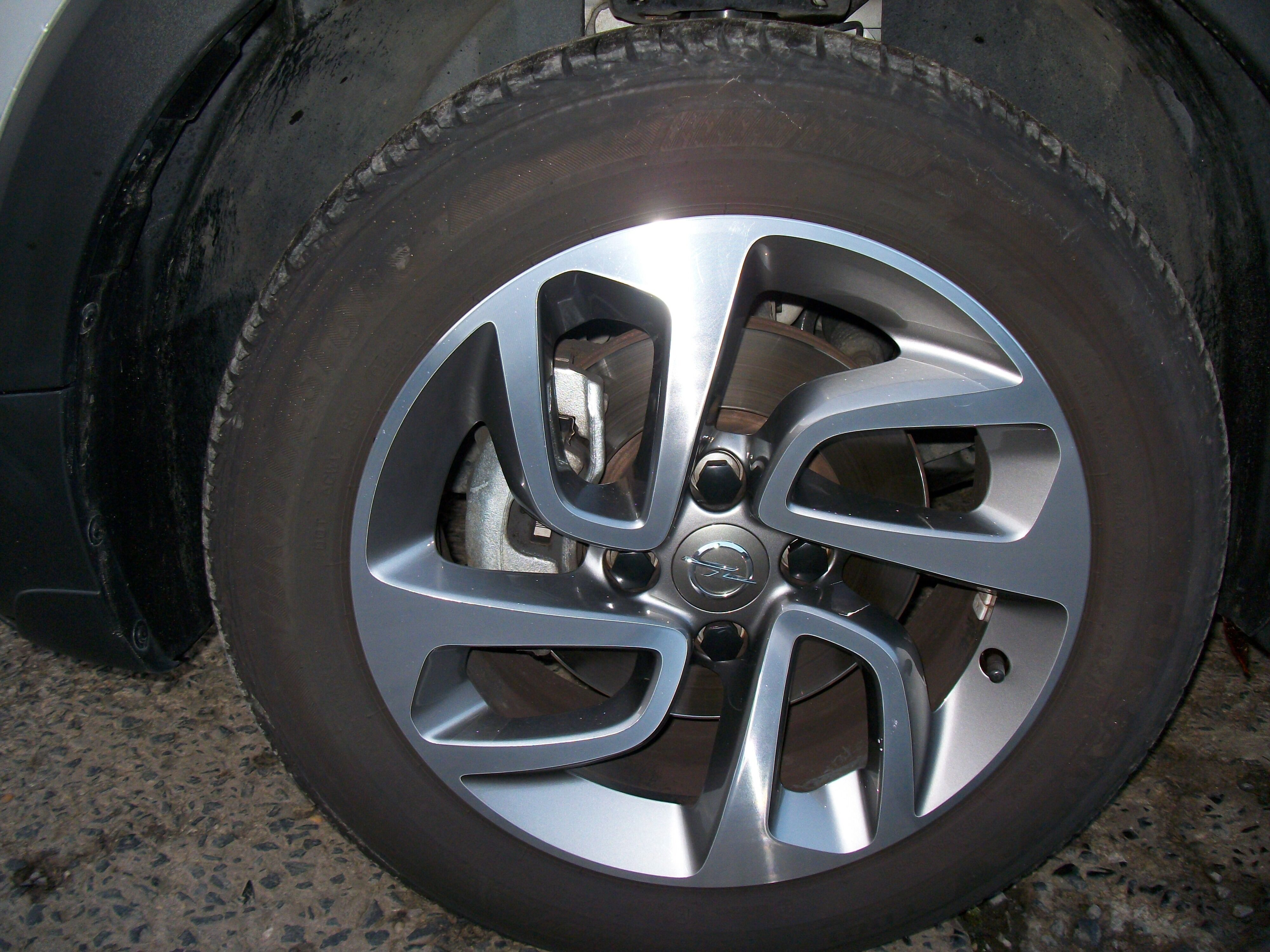 Opel Crossland X 1.2 benz / Innovation 8/15
