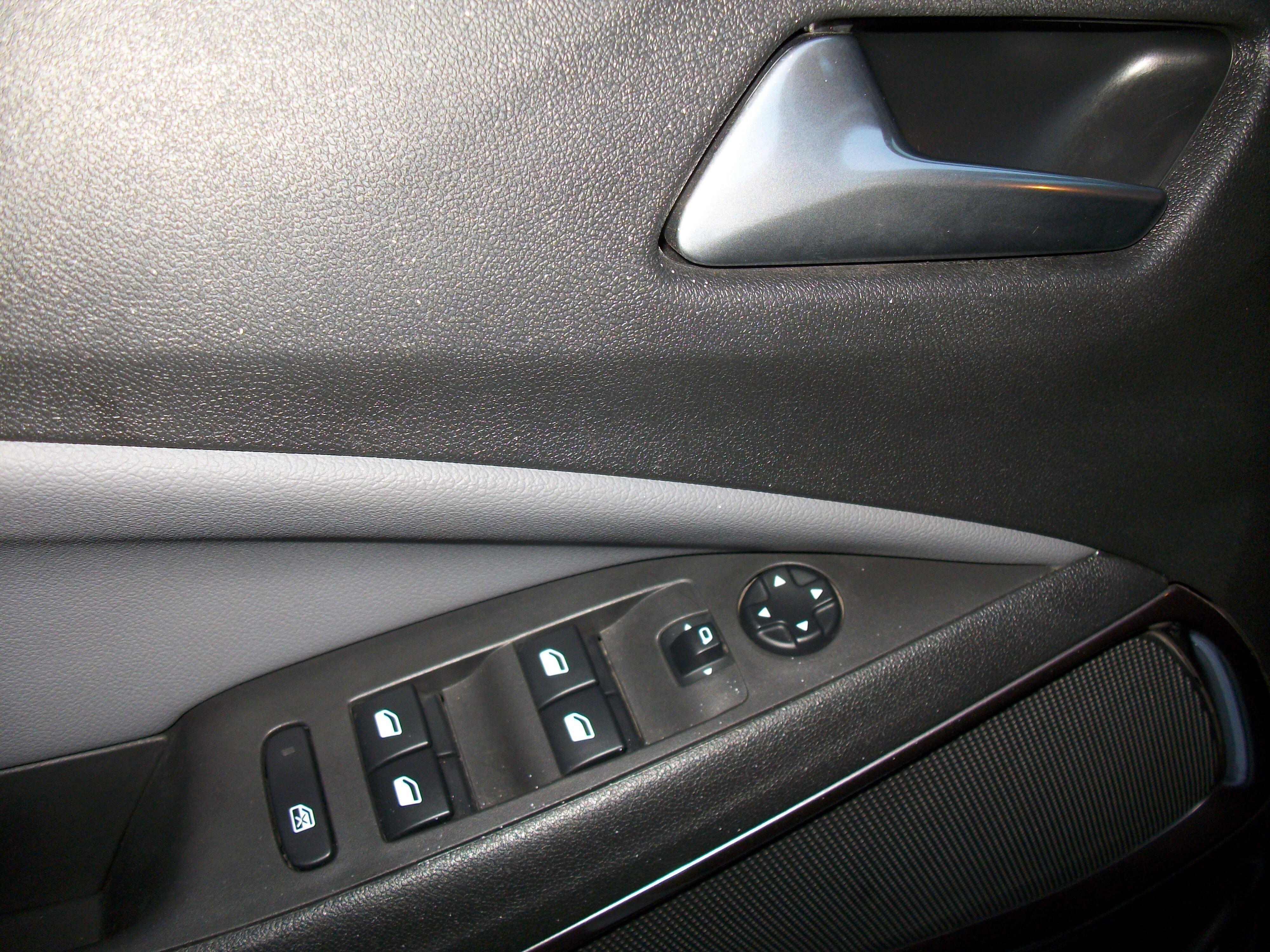Opel Crossland X 1.2 benz / Innovation 15/15