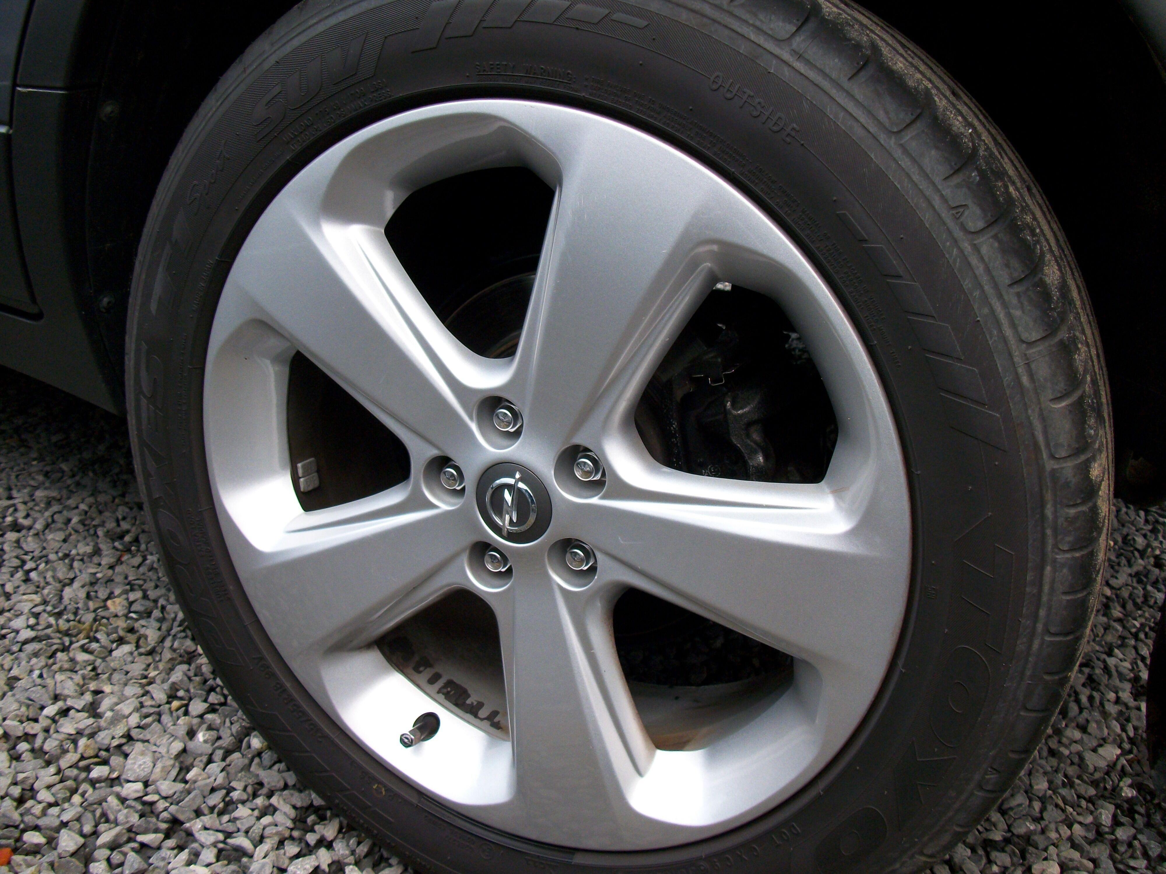 Opel Mokka 1.6 Benz + Navi 2/14