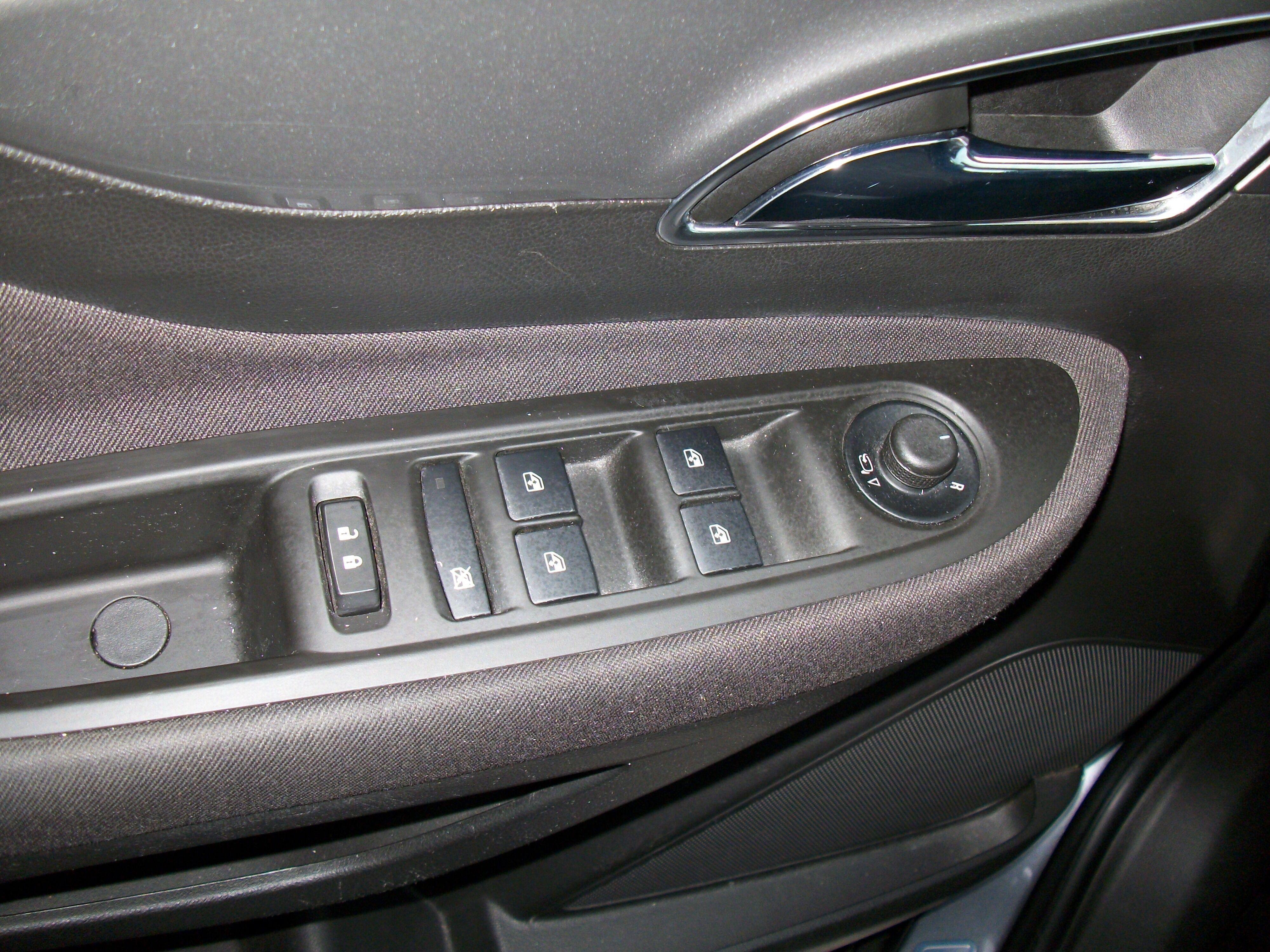 Opel Mokka 1.6 Benz + Navi 14/14