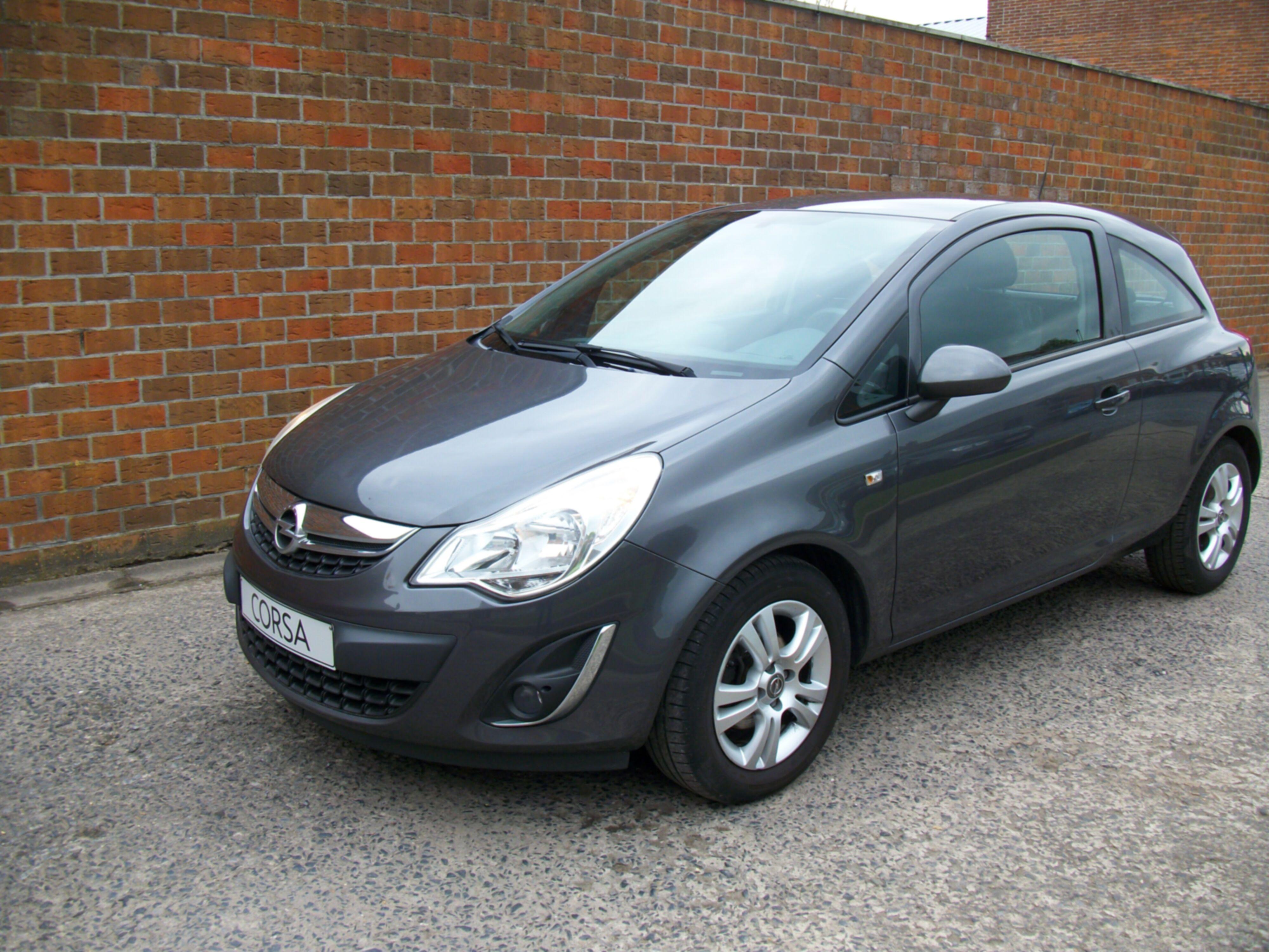 Opel CORSA - 2011 1.4 Benz