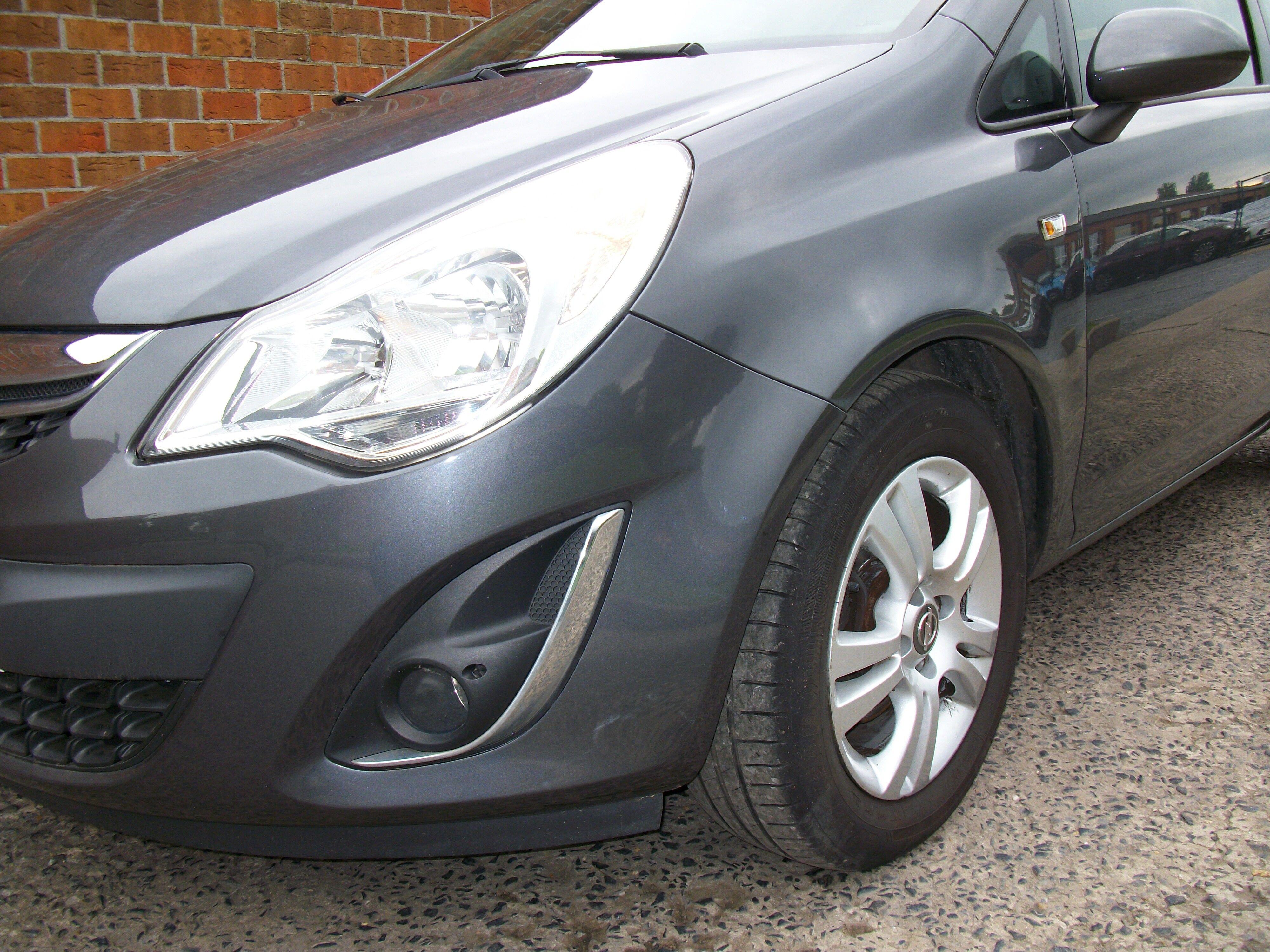 Opel CORSA - 2011 1.4 Benz 2/10