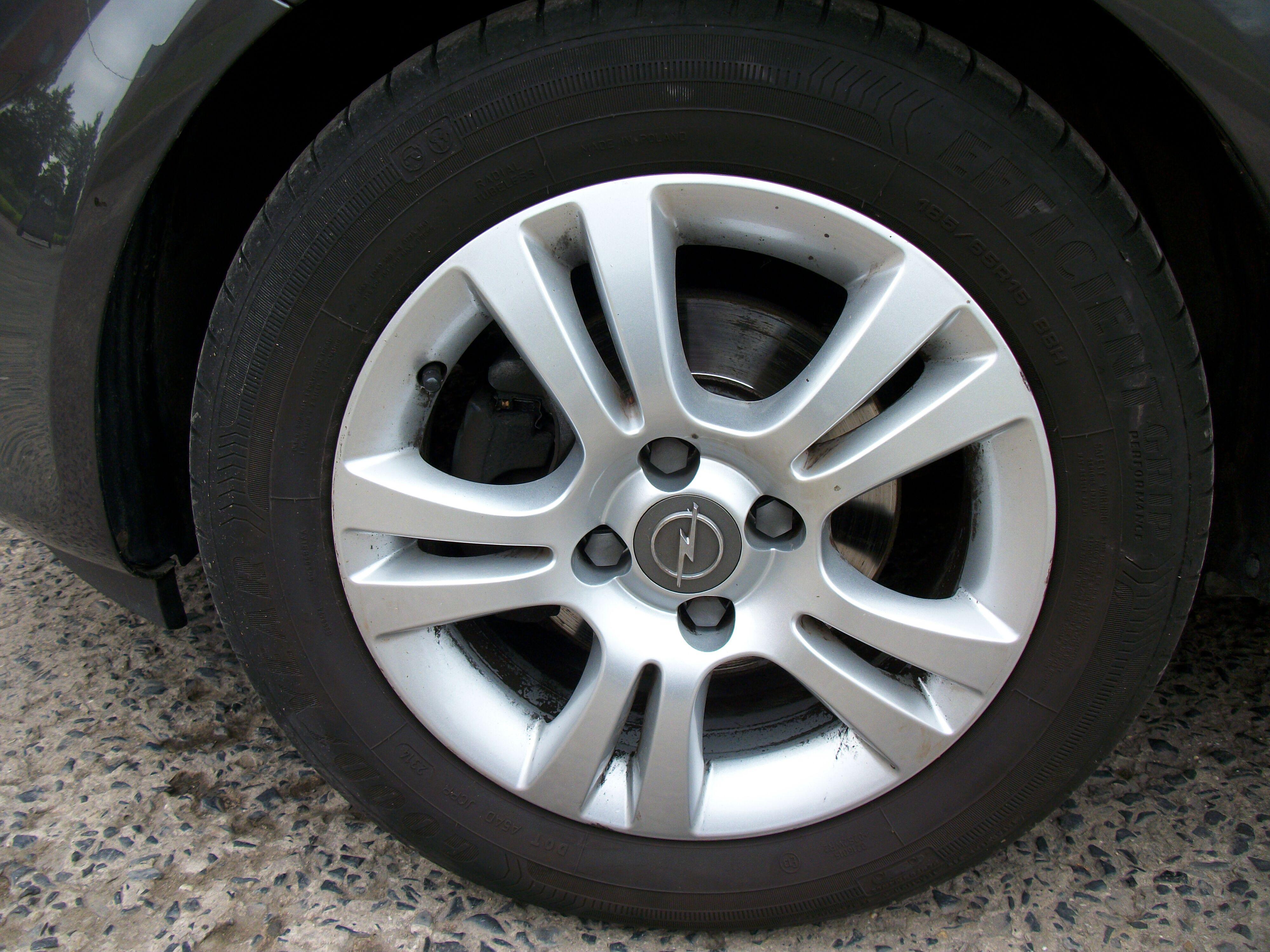 Opel CORSA - 2011 1.4 Benz 3/10