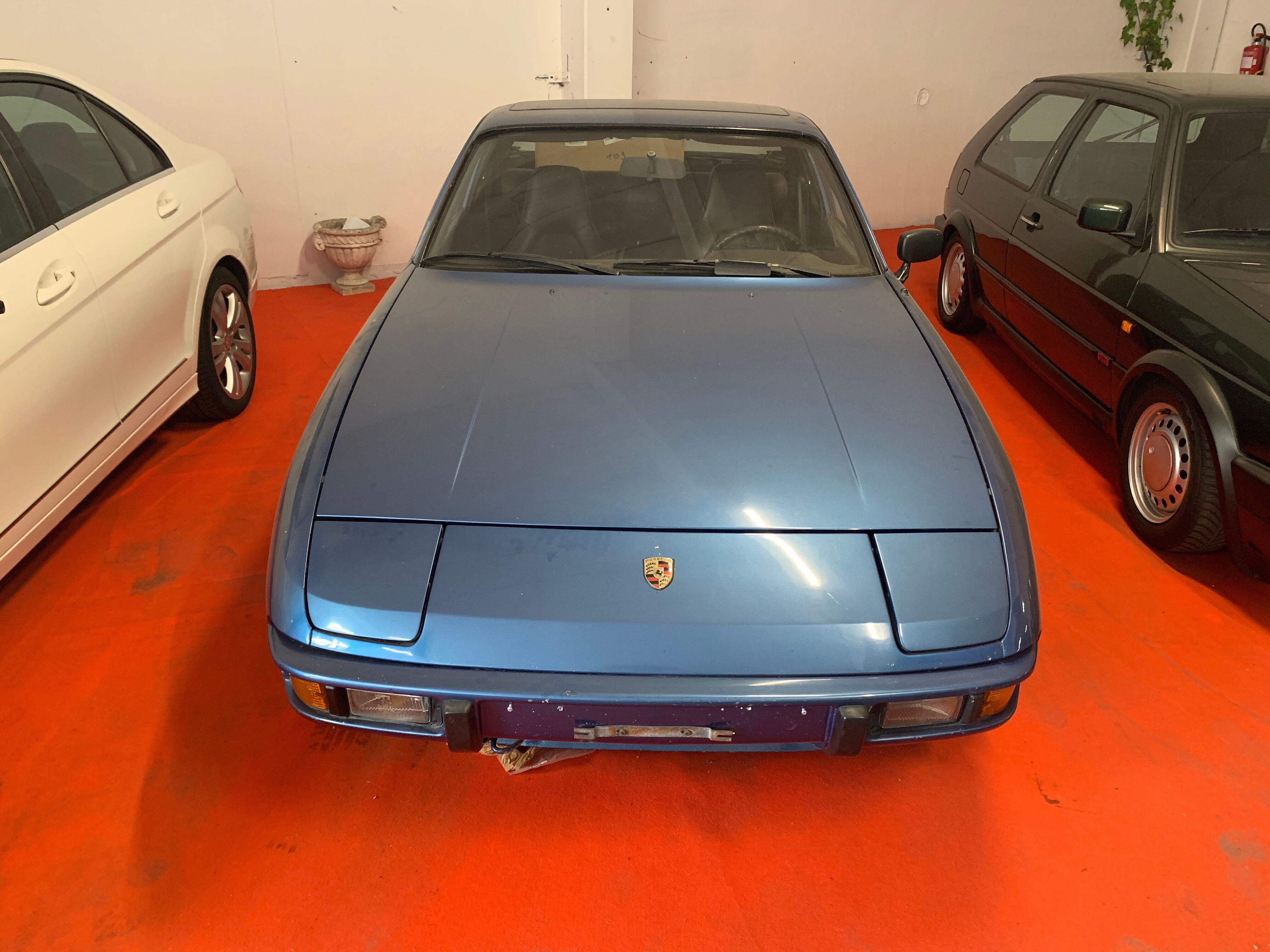 Porsche 924 targa 2/10