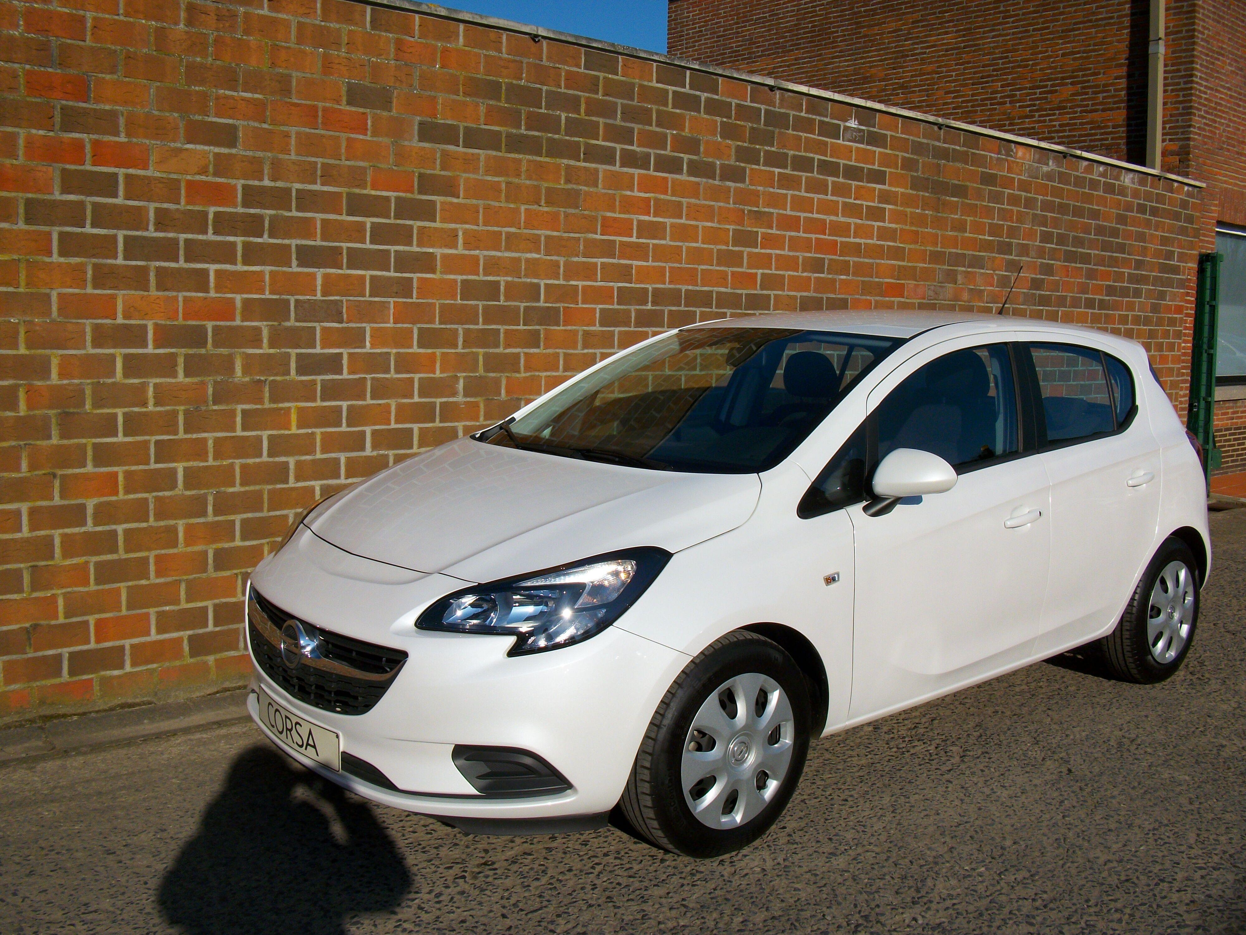 Opel Corsa CORSA E 1.2 Benz. - 5 deur 1/15