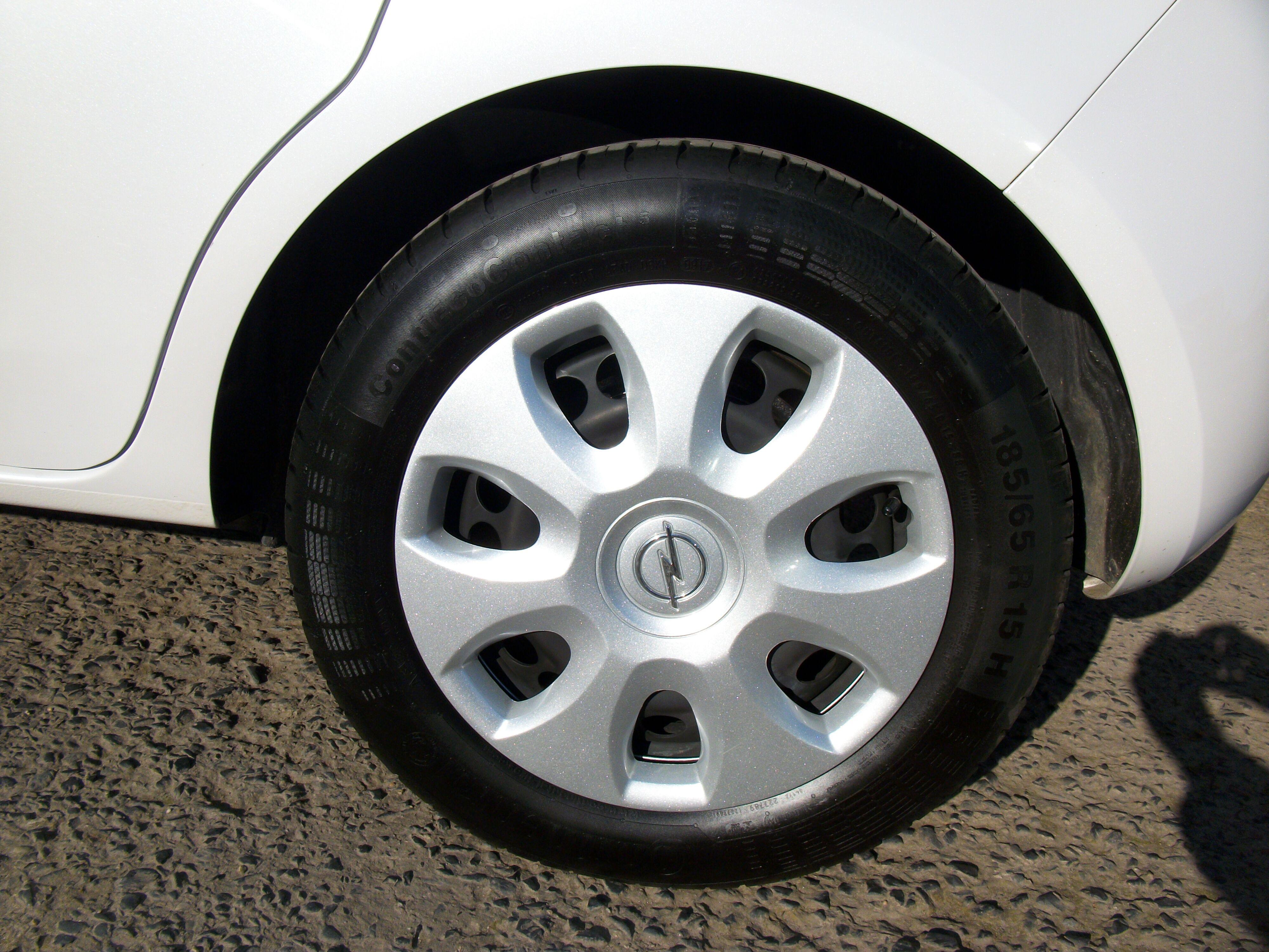 Opel Corsa CORSA E 1.2 Benz. - 5 deur 3/15
