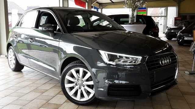 Audi A1 SPORTBACK 125pk benzine -Airco -GPS -Xenon -LED -Parkeersensoren 1/9