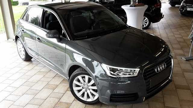 Audi A1 SPORTBACK 125pk benzine -Airco -GPS -Xenon -LED -Parkeersensoren 9/9