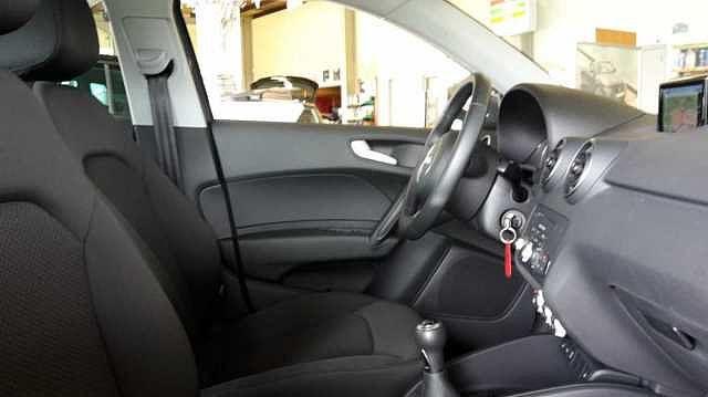 Audi A1 SPORTBACK 125pk benzine -Airco -GPS -Xenon -LED -Parkeersensoren 6/9