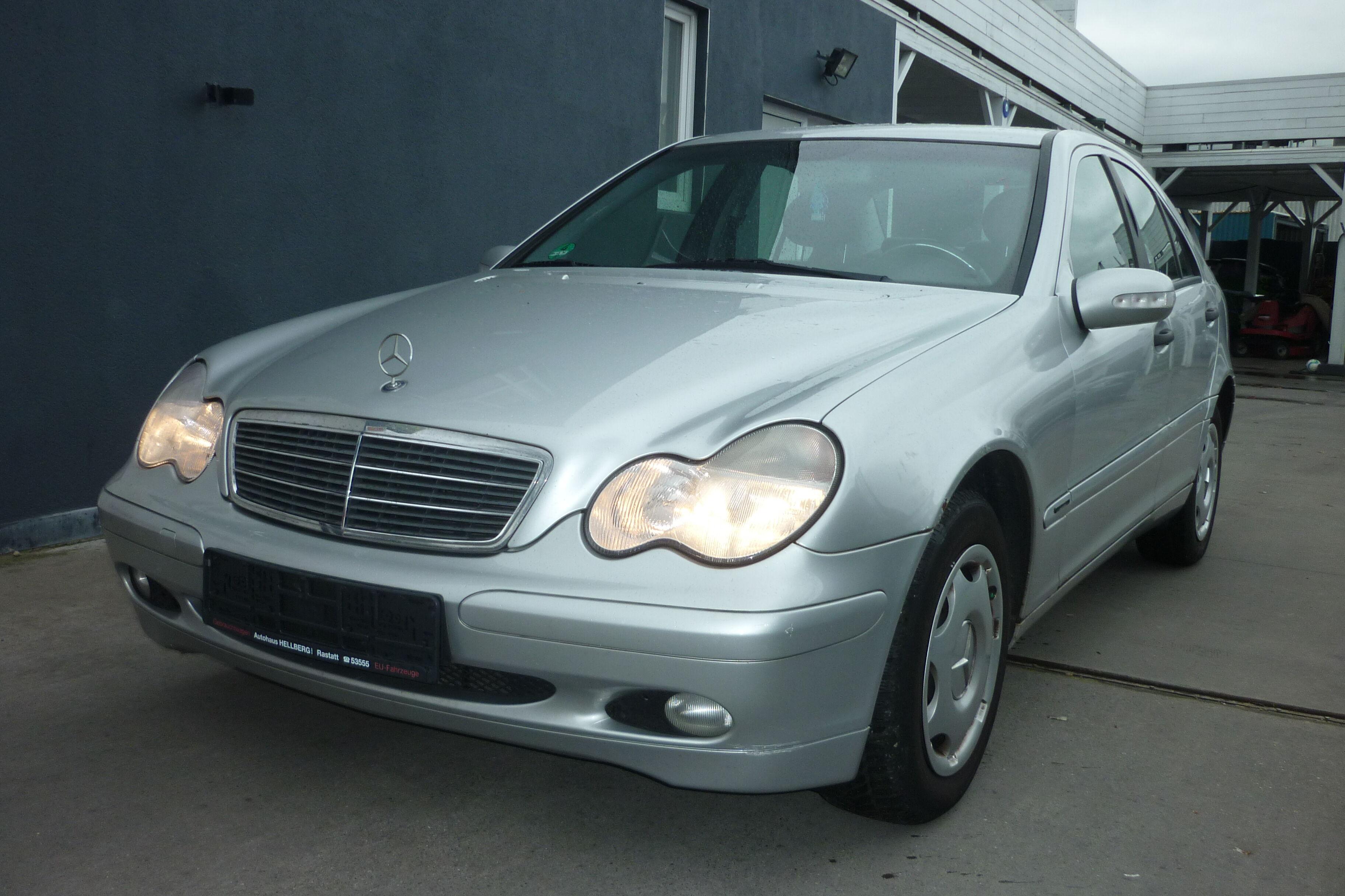 Mercedes C 200 1/10