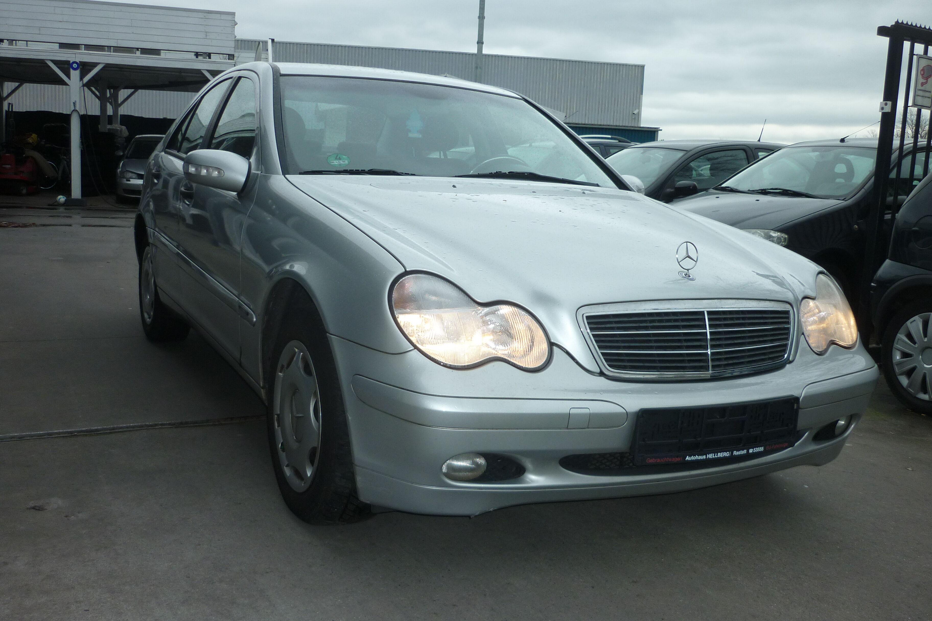 Mercedes C 200 2/10