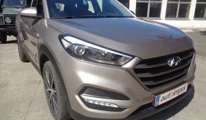 Hyundai TUCSON - 2015 HUYNDAI TUCSON 1700TDI 116CHEV 6VIT EURO6B 97000KM