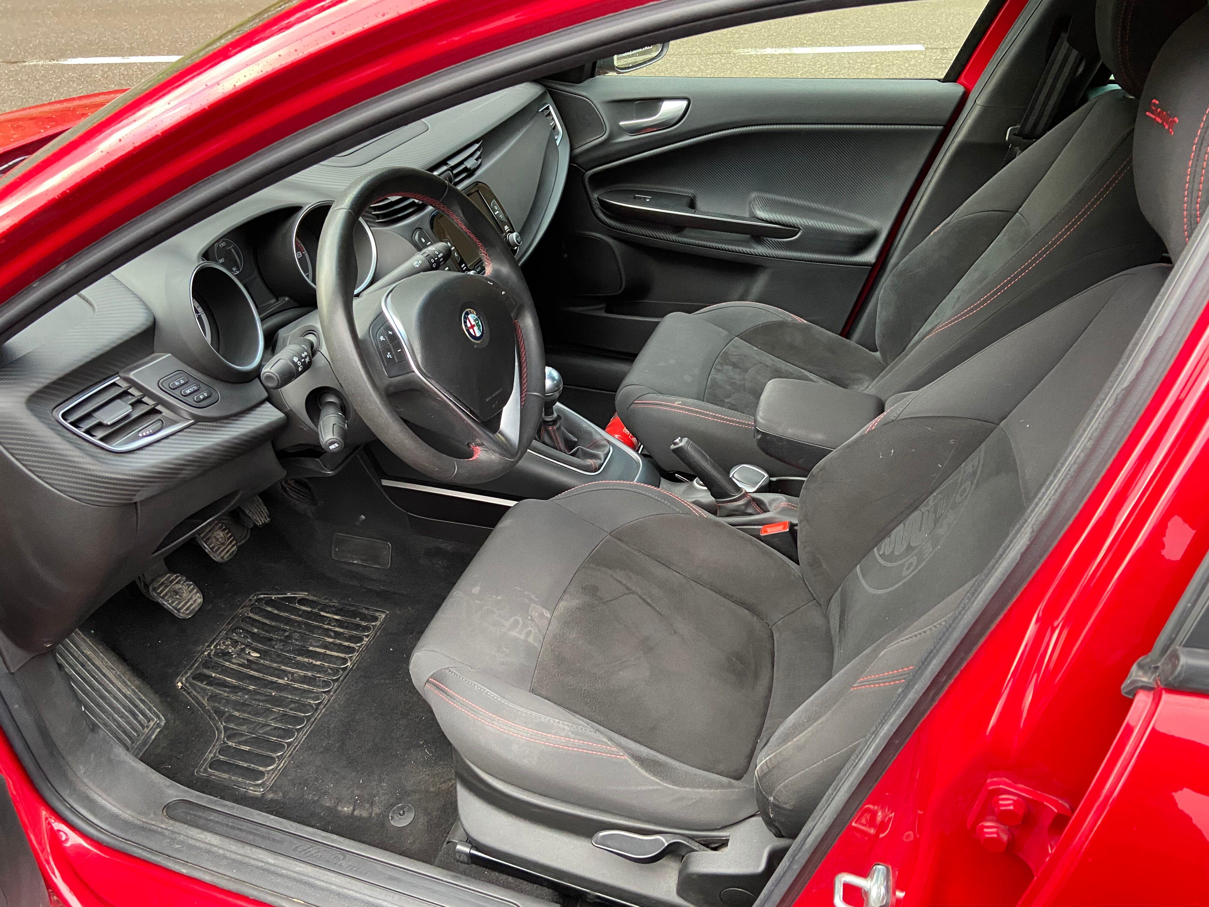 Alfa Romeo Giulietta 5/8