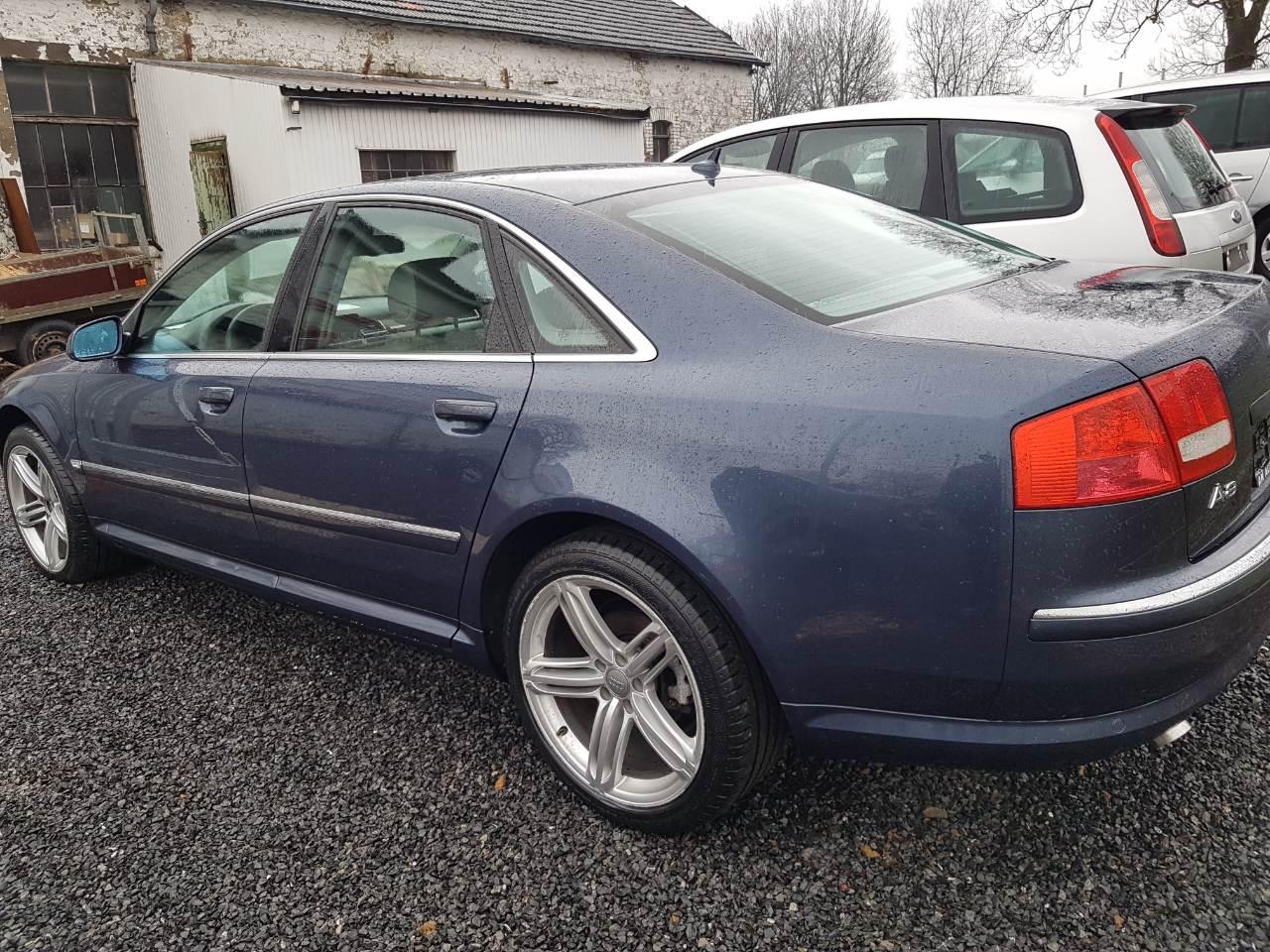 Audi A8 4/12
