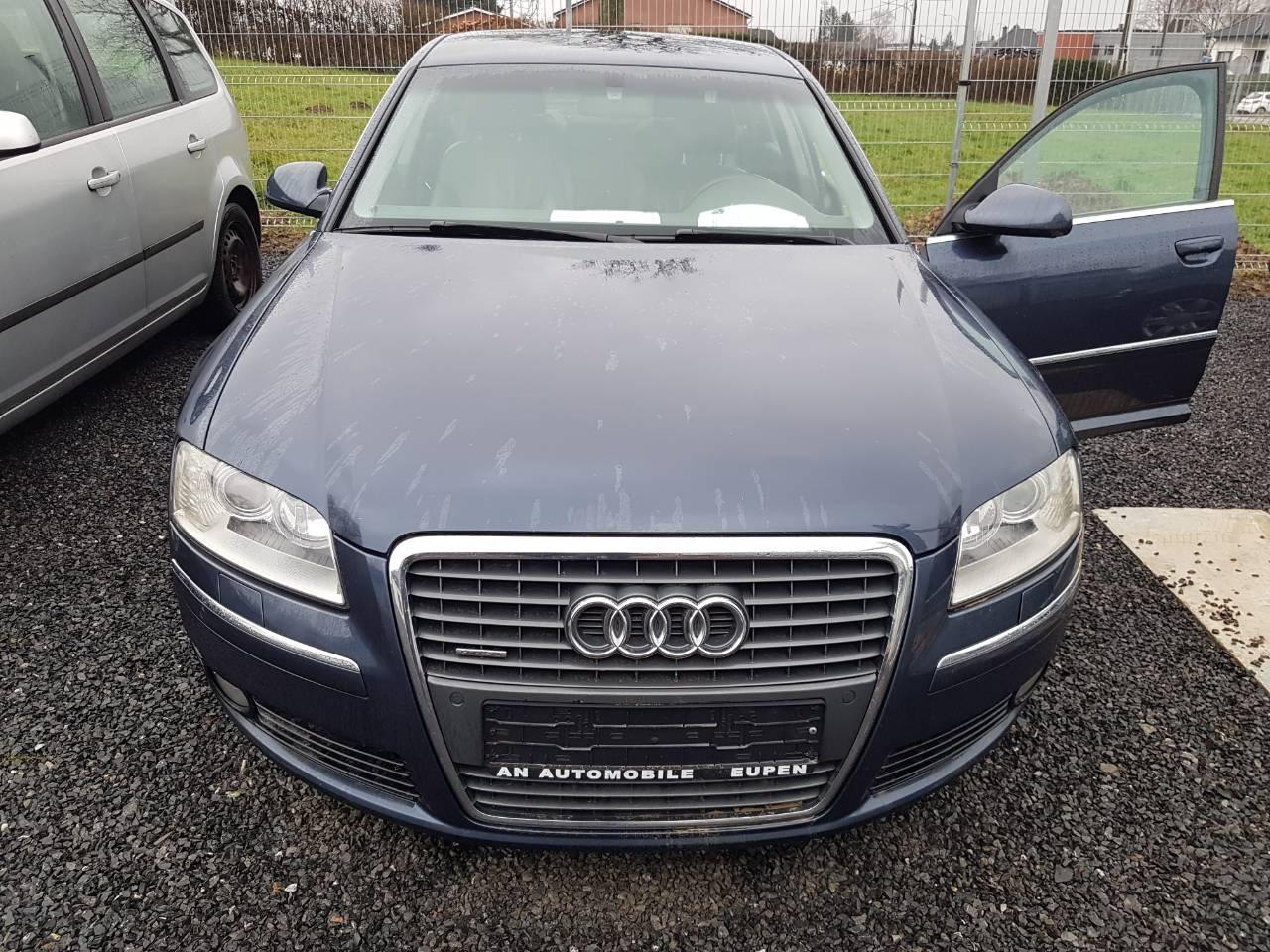 Audi A8 12/12